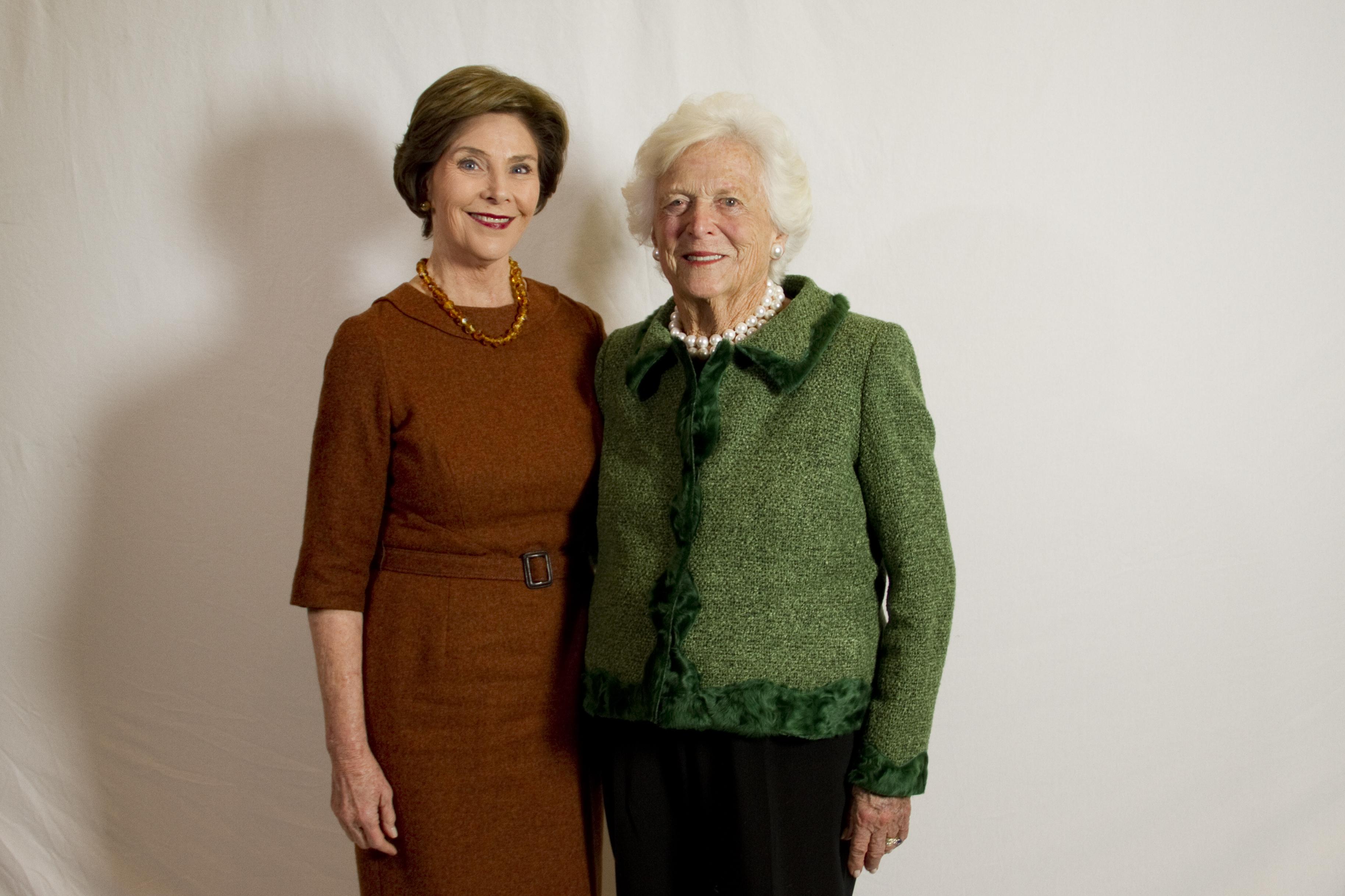 FileMrs Barbara Bush And Mrs Laura