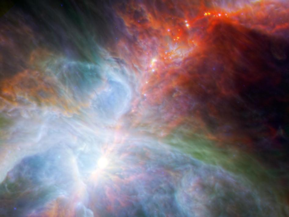 V infračervenom spektre vidíme rodiace sa hviezdy.