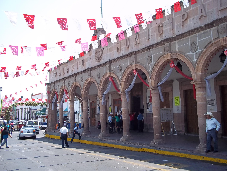 File:Palacio municipal de Puruándiro 1.JPG - Wikimedia Commons