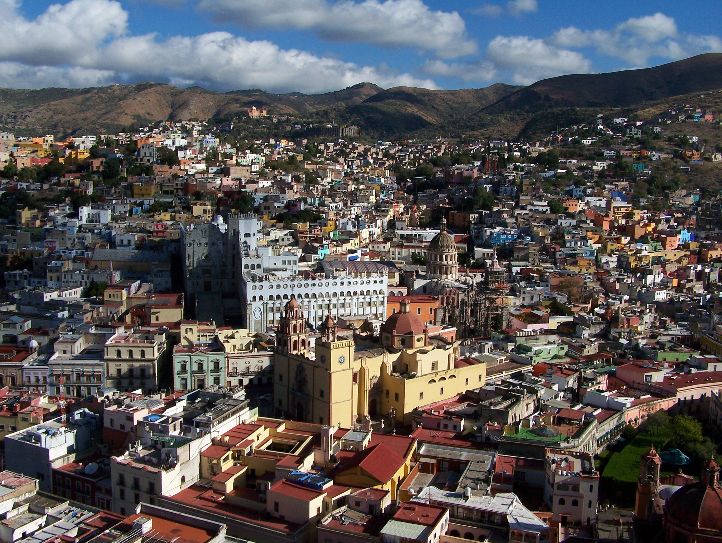 Guanajuato Mexico skyline