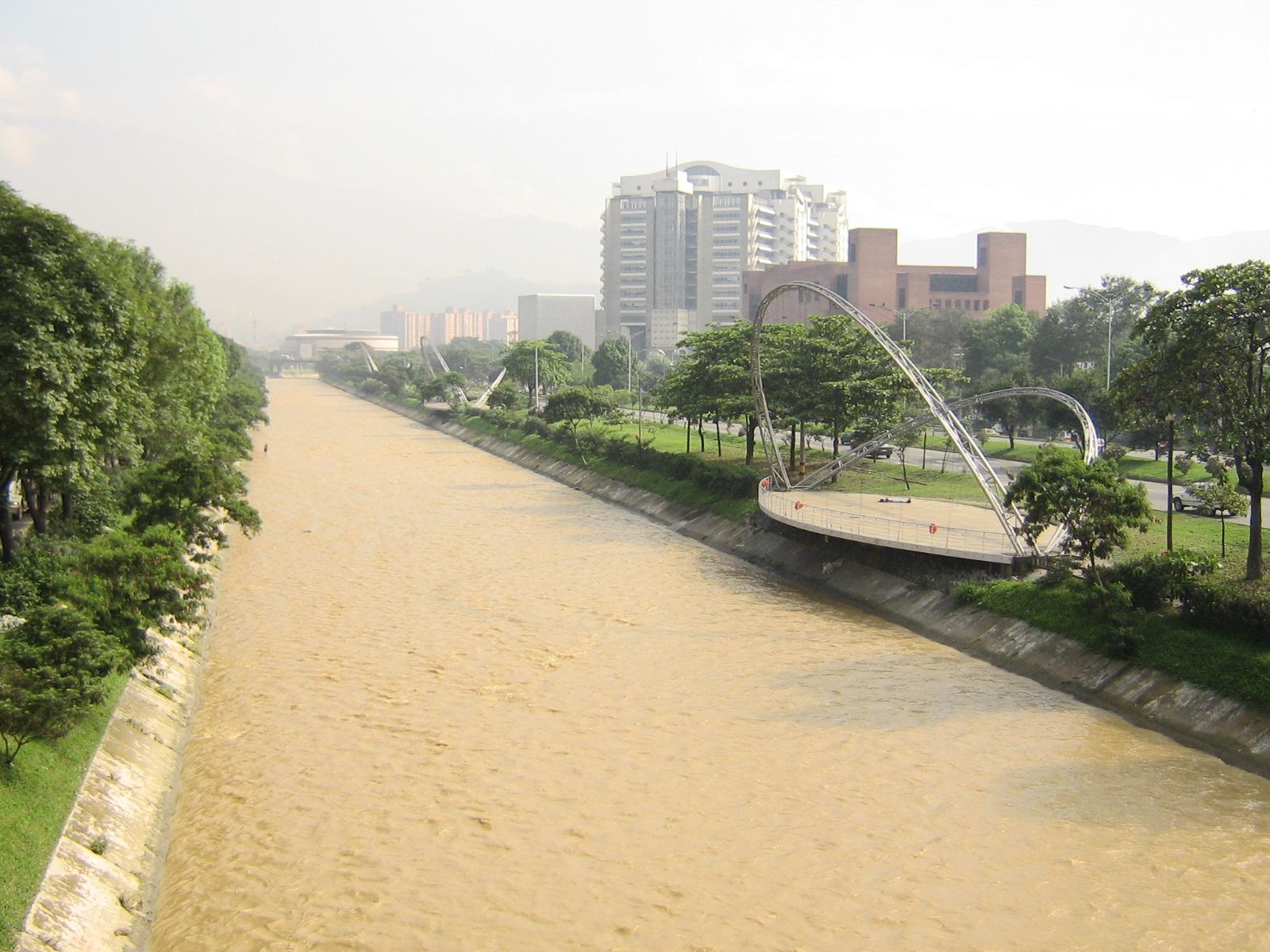 Resultado de imagen para rio medellin