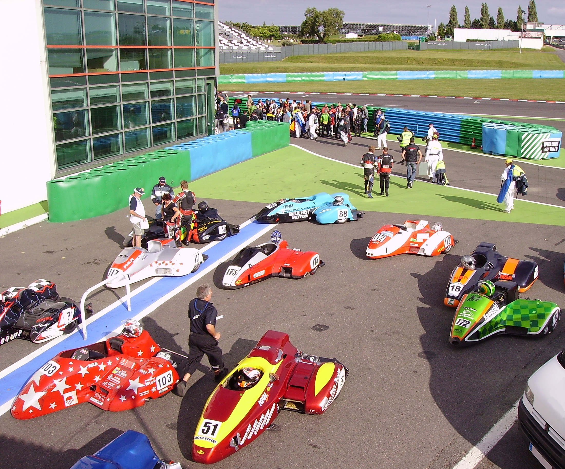 file racing sidecars circuit de nevers magny wikimedia commons. Black Bedroom Furniture Sets. Home Design Ideas