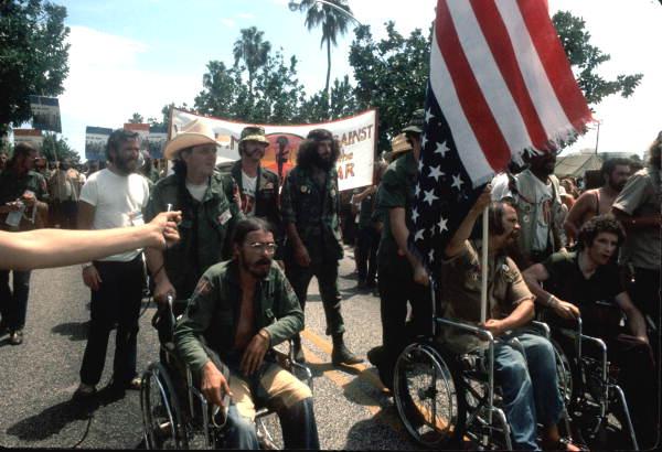 File:Ron Kovic and Vietnam Veteran protestors at the 1972 ...