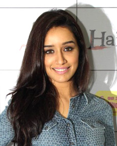 Shraddha Kapoor -References