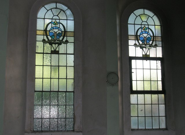 File:Simple stained glass windows within St Luke's ...