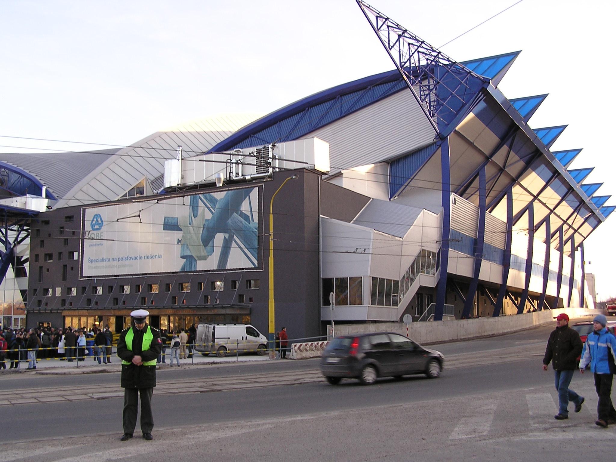 Steel Aréna – Wikipedie d82385ea8ad