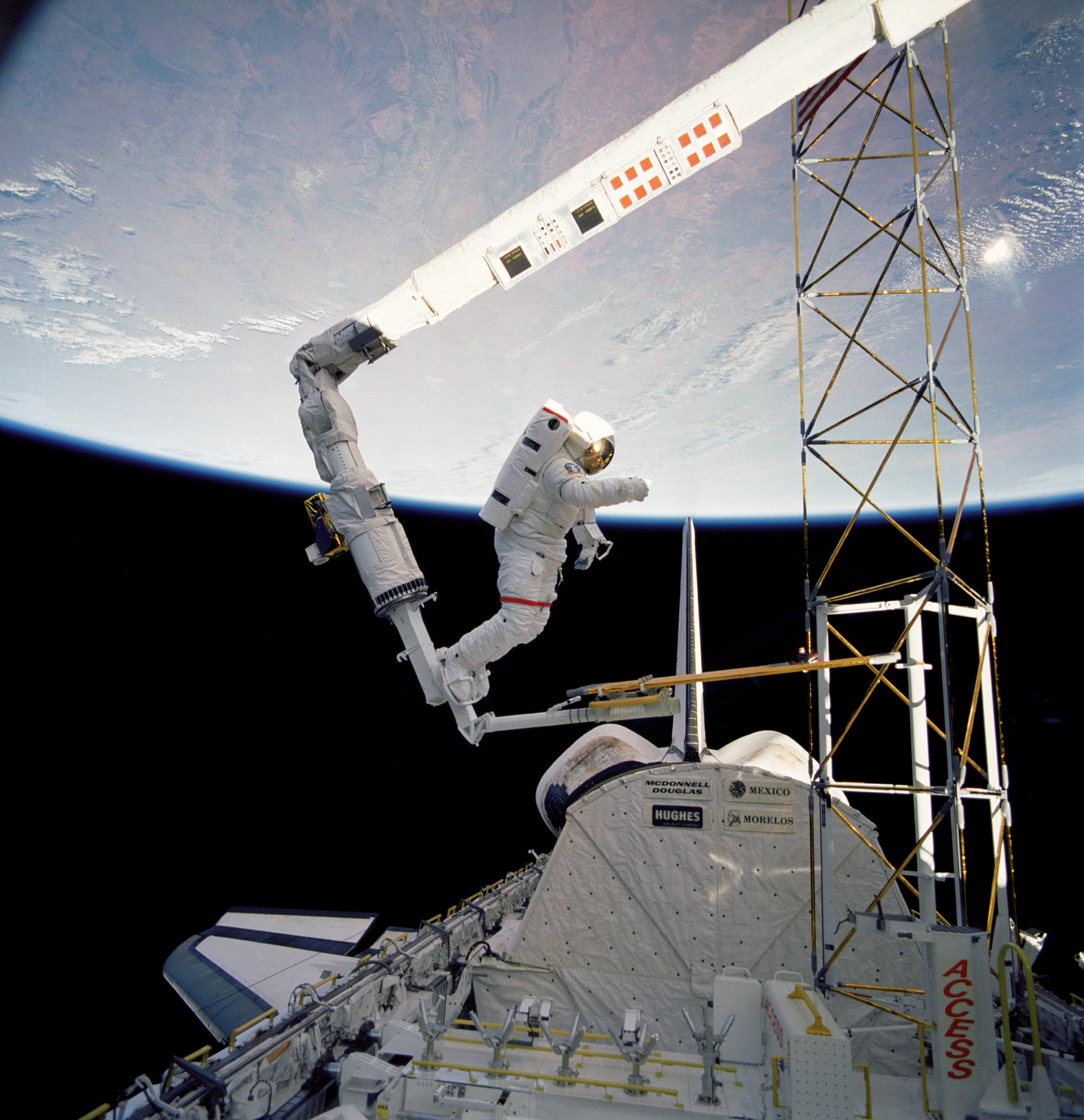 Truss in space