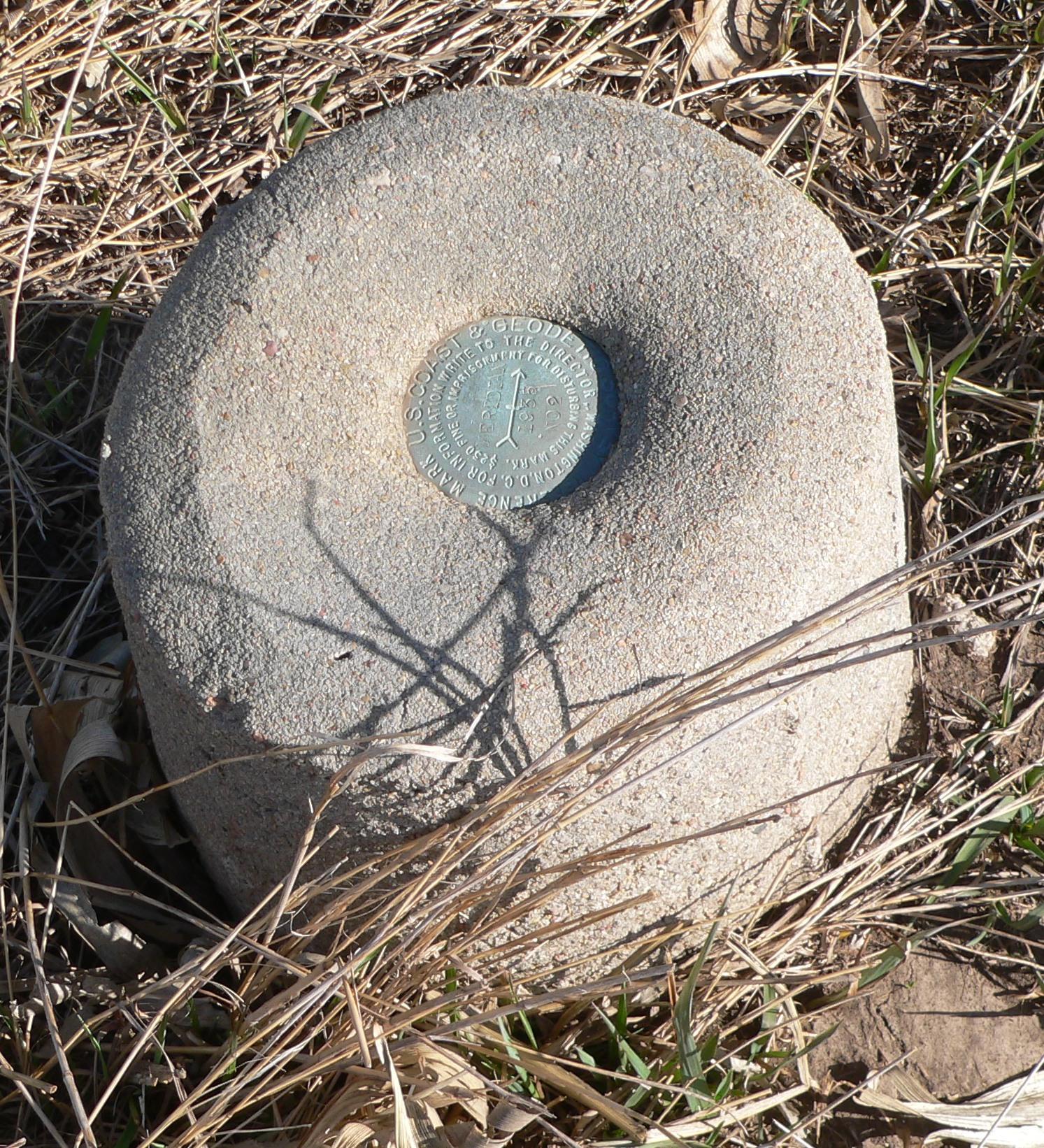 Jpg Post Info: File:Survey Monument JF00-072 W Witness Post 2.JPG