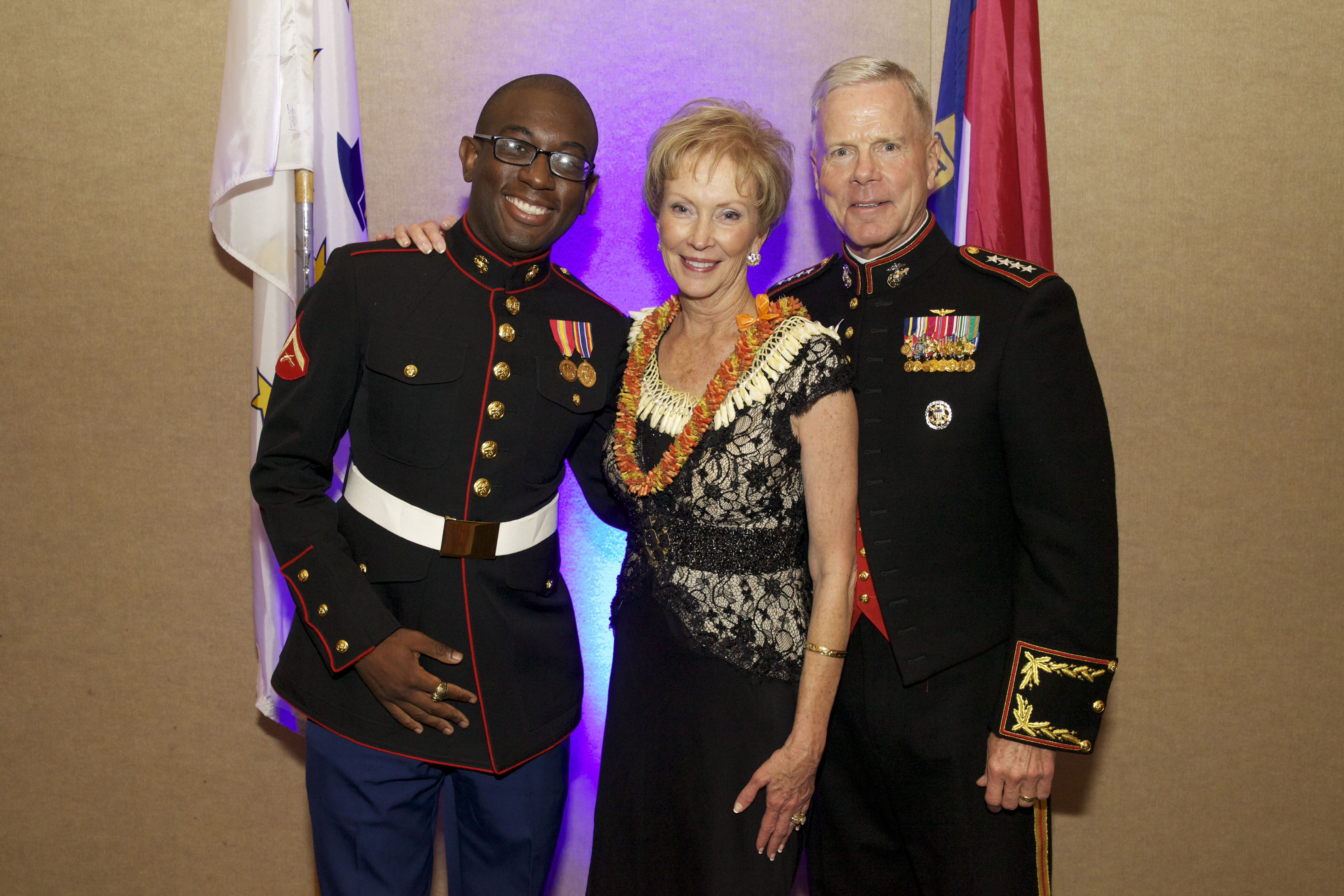 File:The 35th Commandant of the Marine Corps, Gen. James F. Amos ...