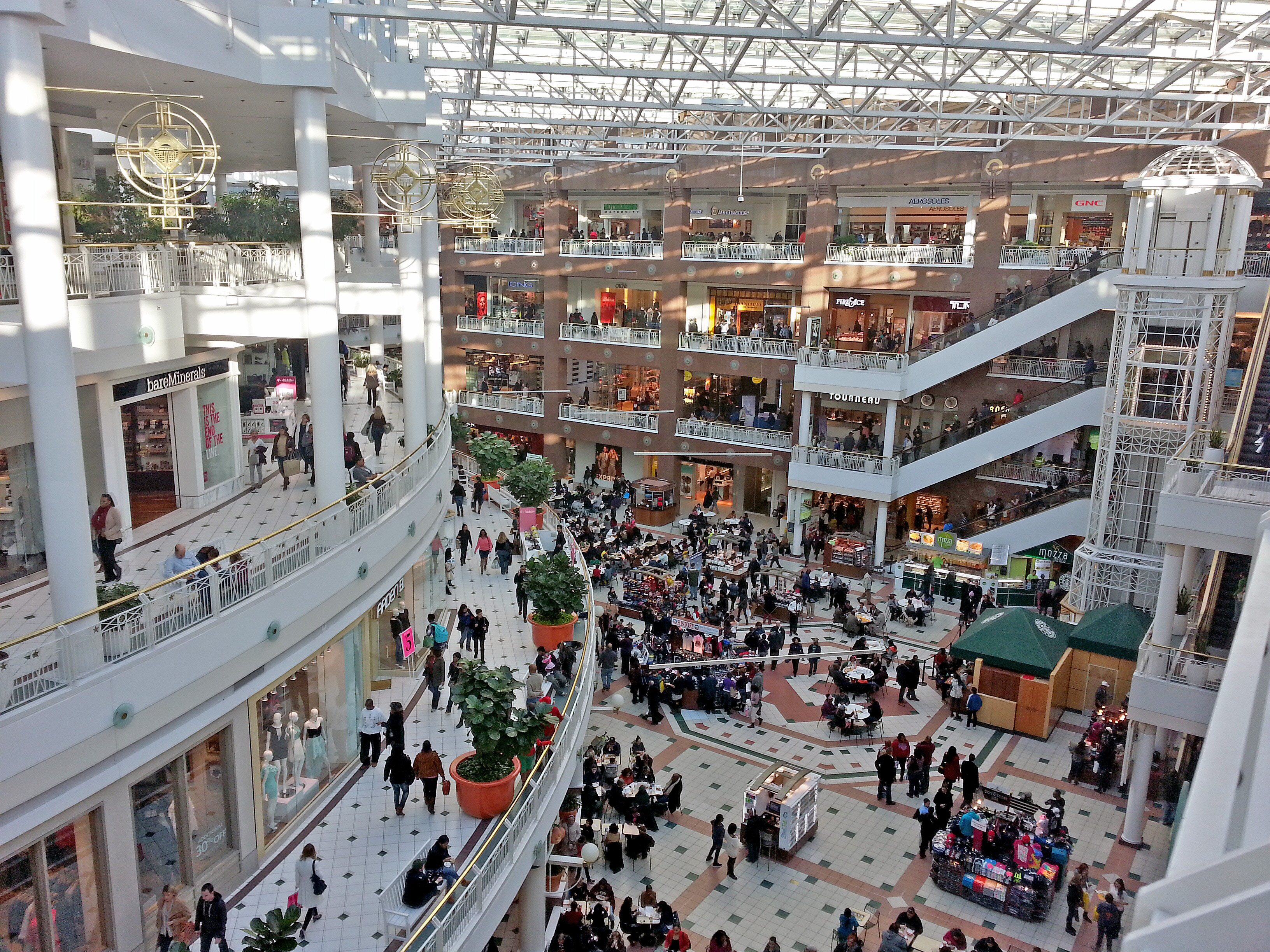 Hotels Close To Pentagon City Mall