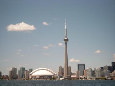 Archivo:Toronto Skydome en CN Tower.jpg