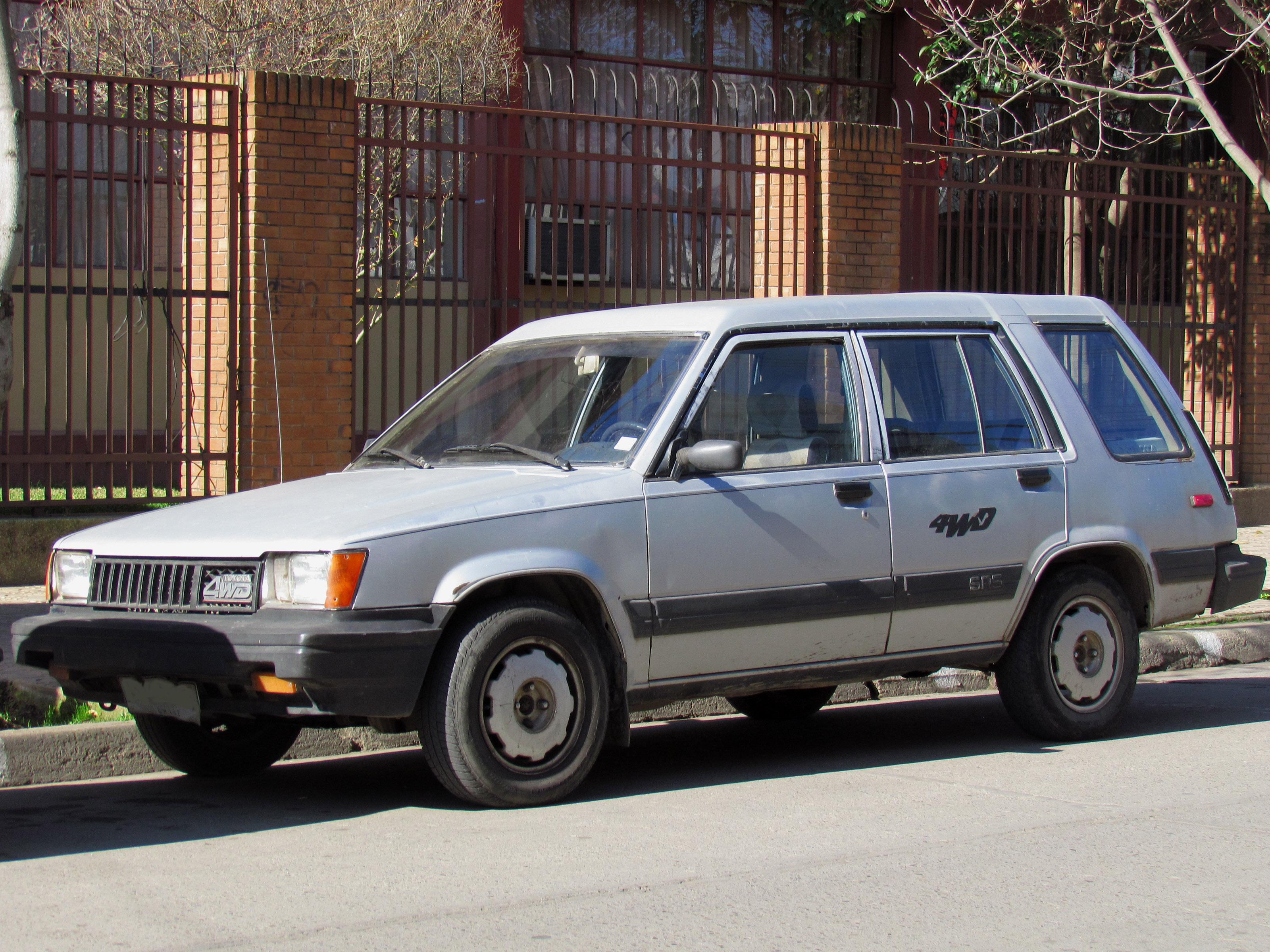Toyota_Tercel_1.6_SR5_4WD_1985_(18933562