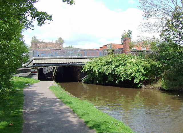 Trent and Mersey Canal, Stoke-on-Trent, Staffordshire - geograph.org.uk - 1599488