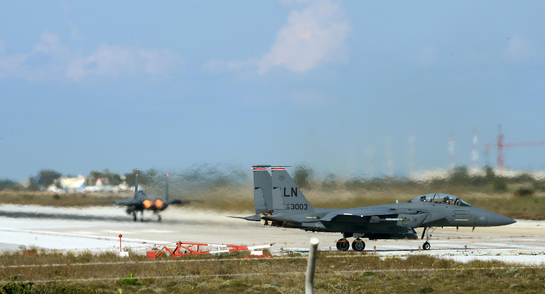 File Two U S Air Force F 15e Strike Eagle Aircraft Taxi
