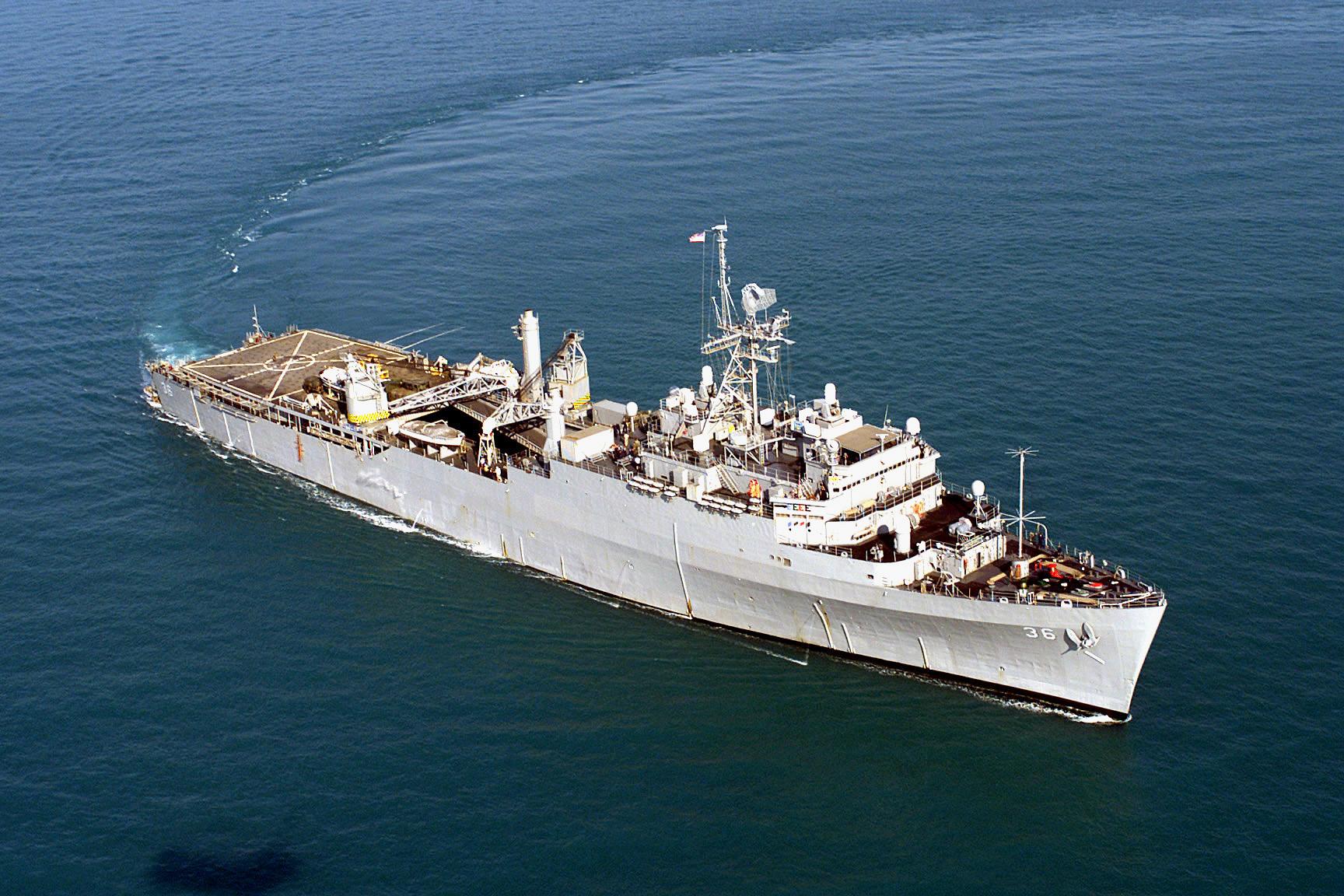 File Us Navy 000907 N 8743m 018 Uss Anchorage Lsd 36 Jpg