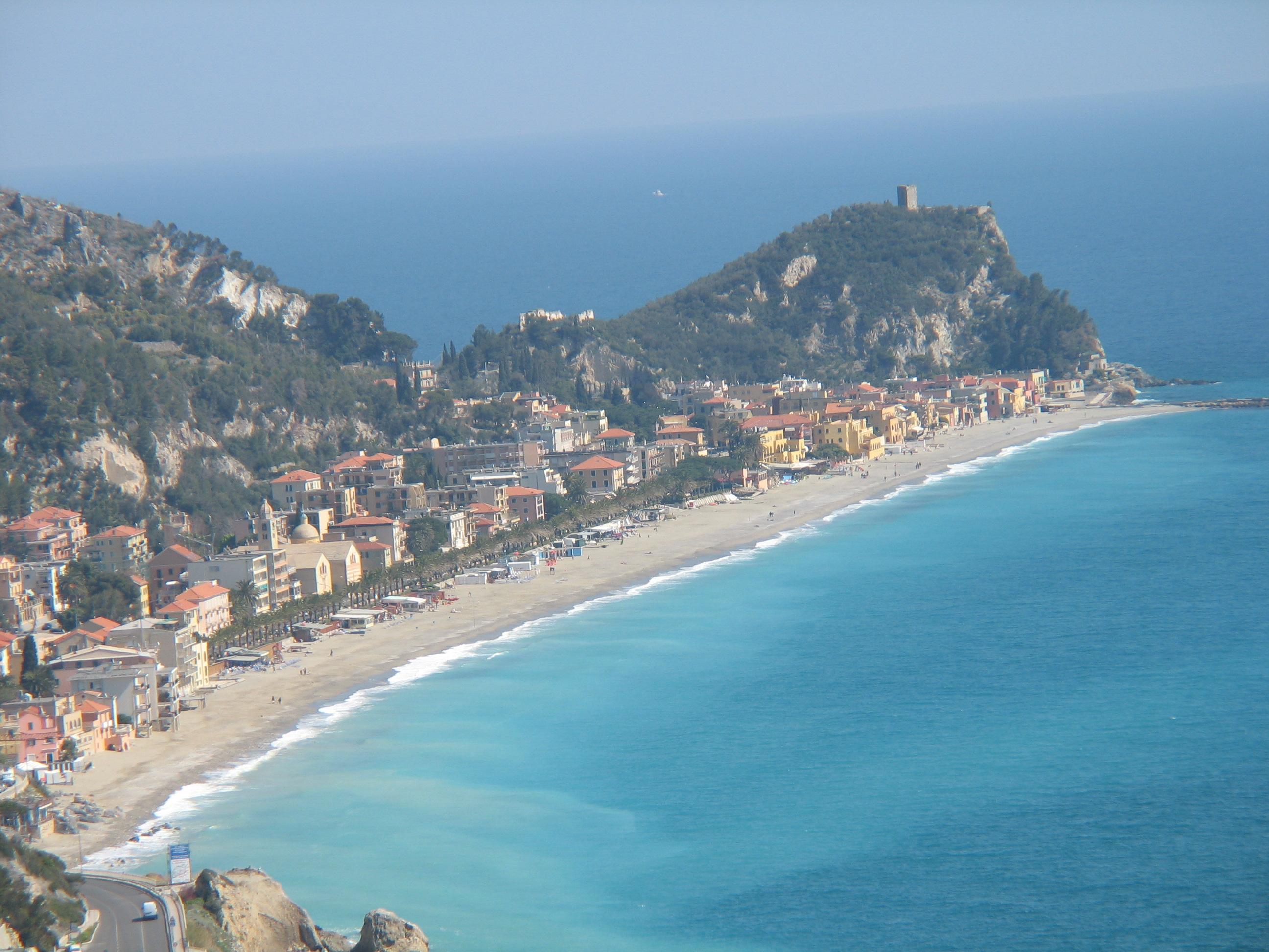Matrimonio Spiaggia Varigotti : File varigotti panorama dalla torre caviglia g