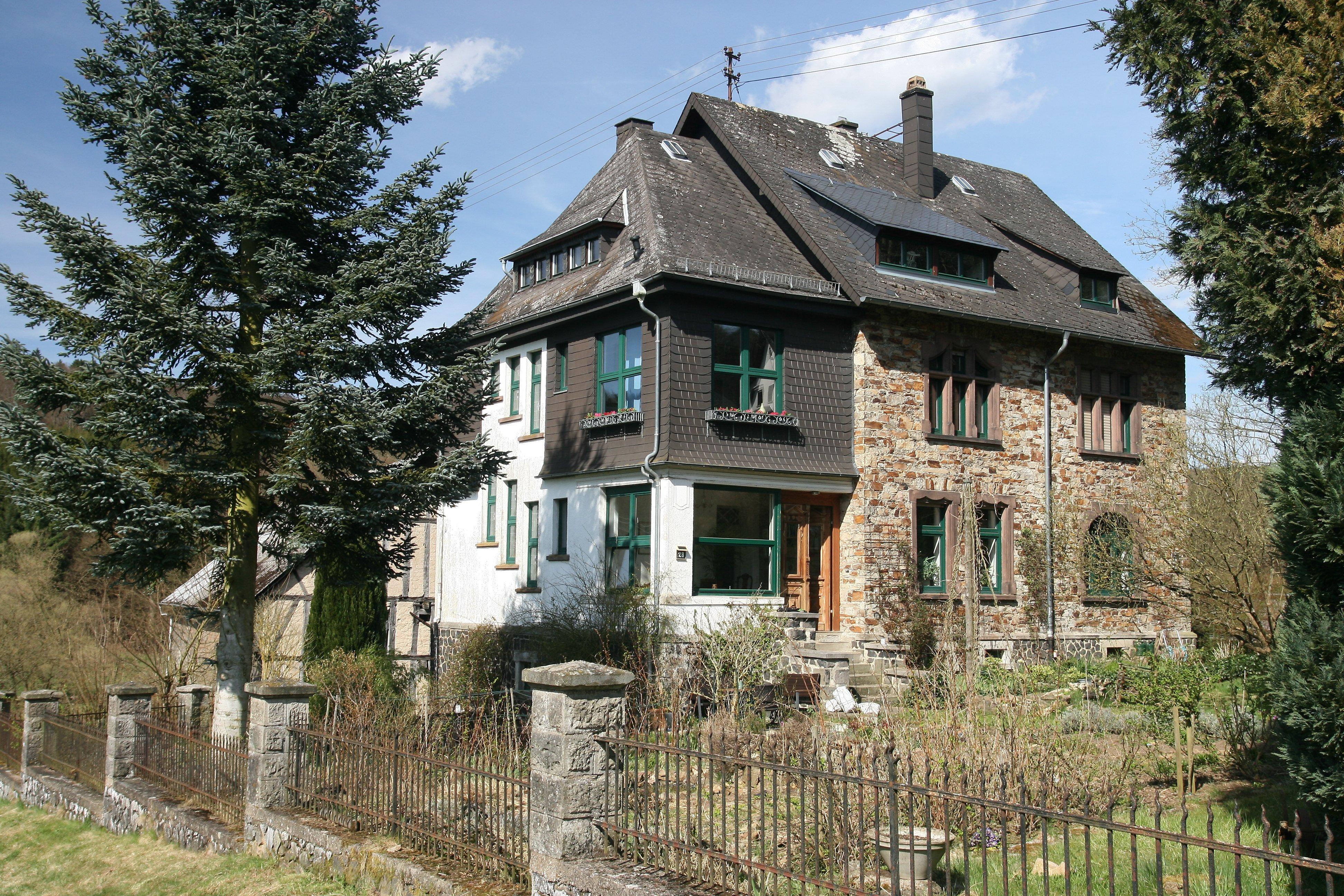 Datei:Villa Cultural Heritage Hundsdorf Ww Germany.jpg – Wikipedia