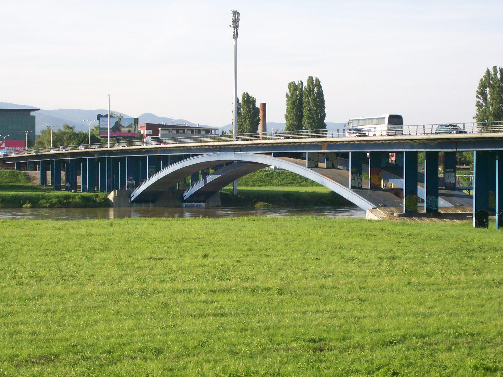 Most Slobode Zagreb Wikipedia