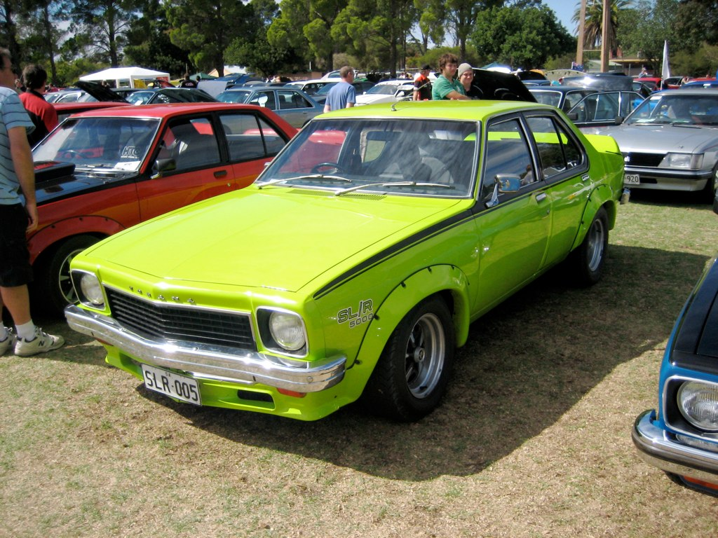 1974_Holden_Torana_(LH)_SLR_5000_L34_sedan_(2008-04-06).jpg