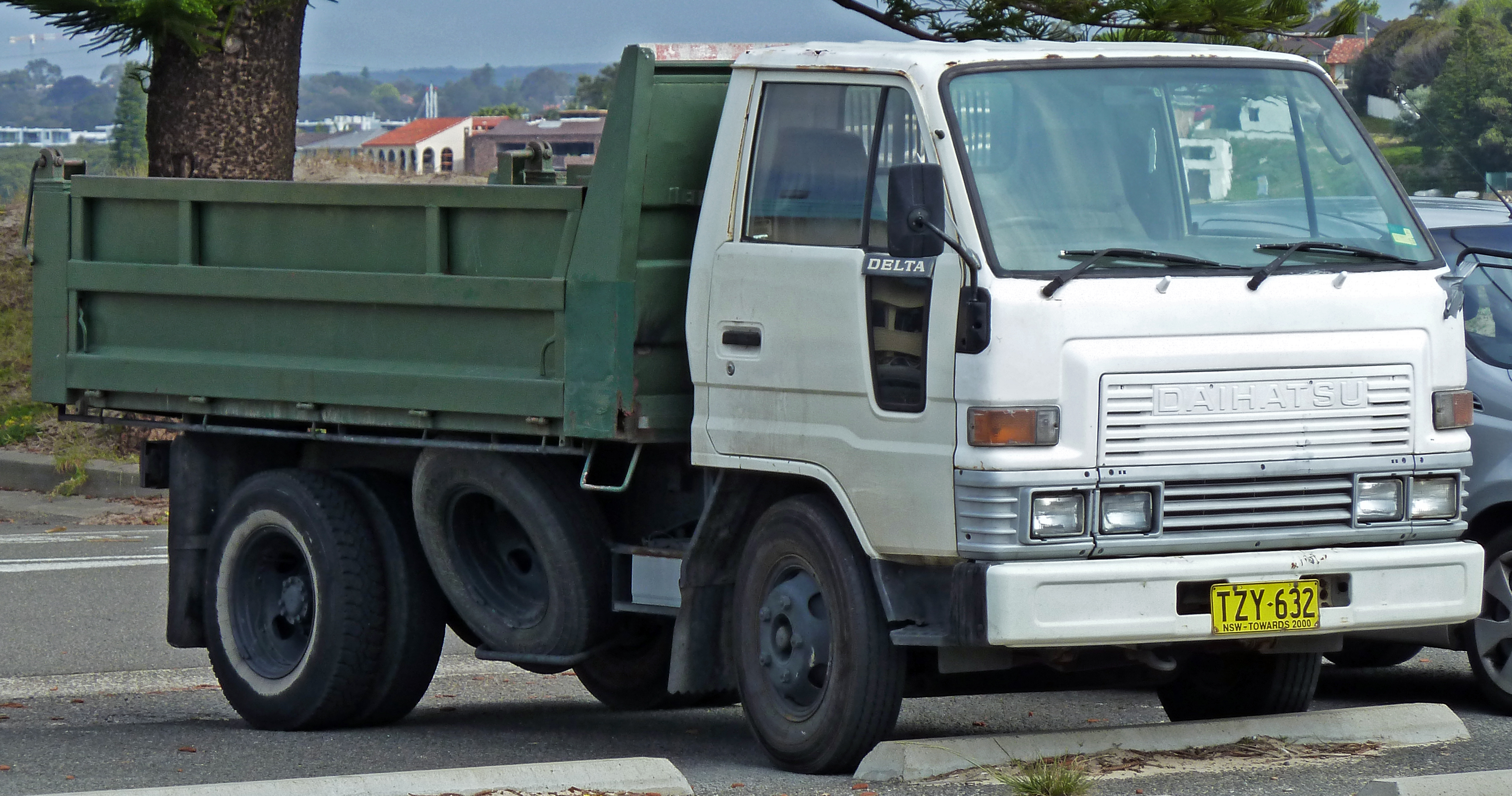 File1985 Daihatsu Delta 2-door truck (2010-09-23) & File:1985 Daihatsu Delta 2-door truck (2010-09-23).jpg - Wikimedia ...