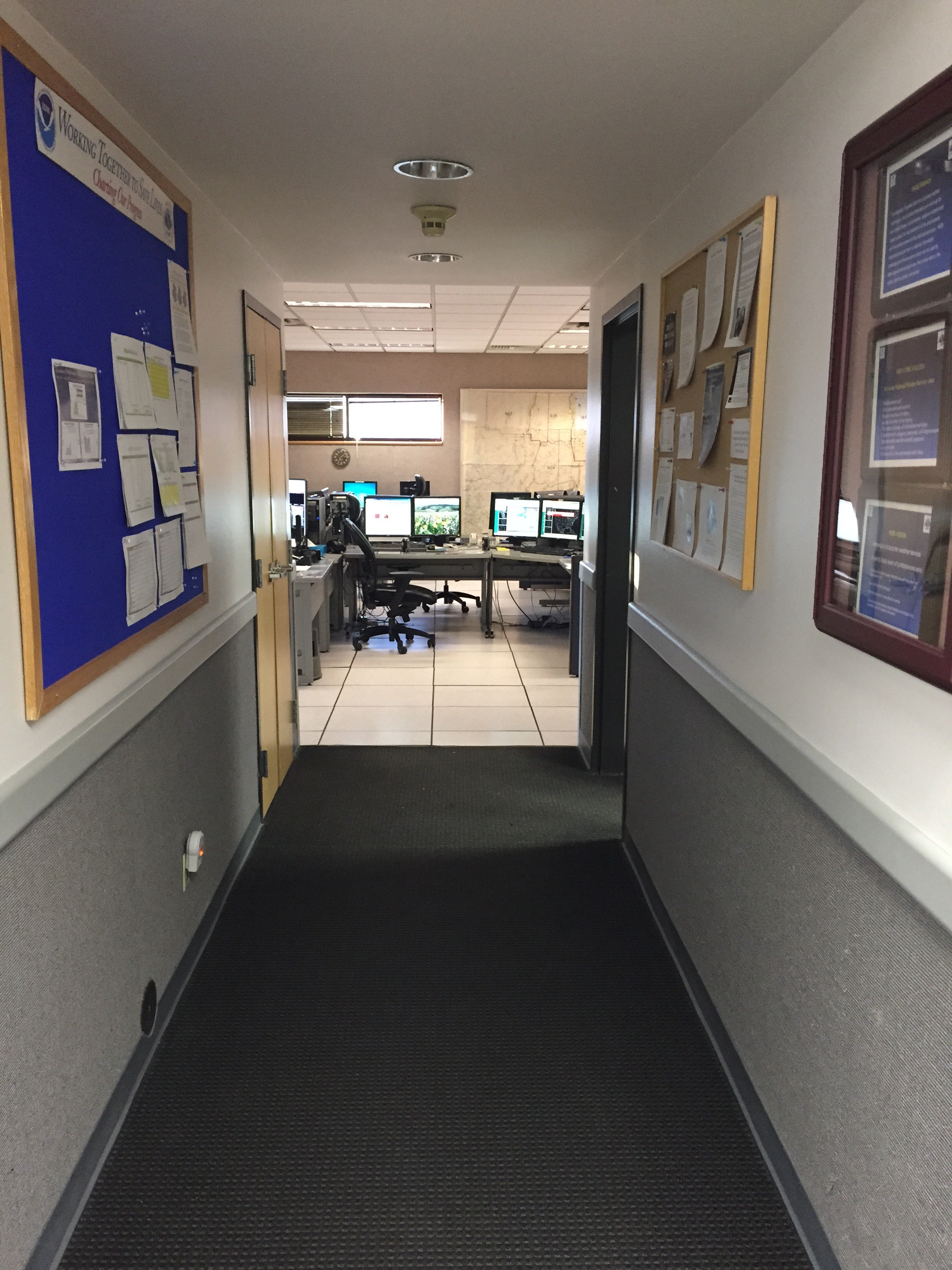 File    Hallway At The National Weather Service - Nws us weather map