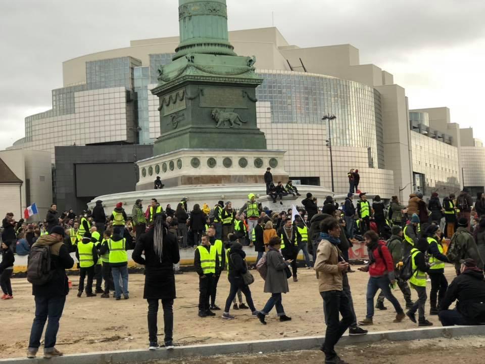 2018-12-08 Gilets jaunes Bastille 2.jpg