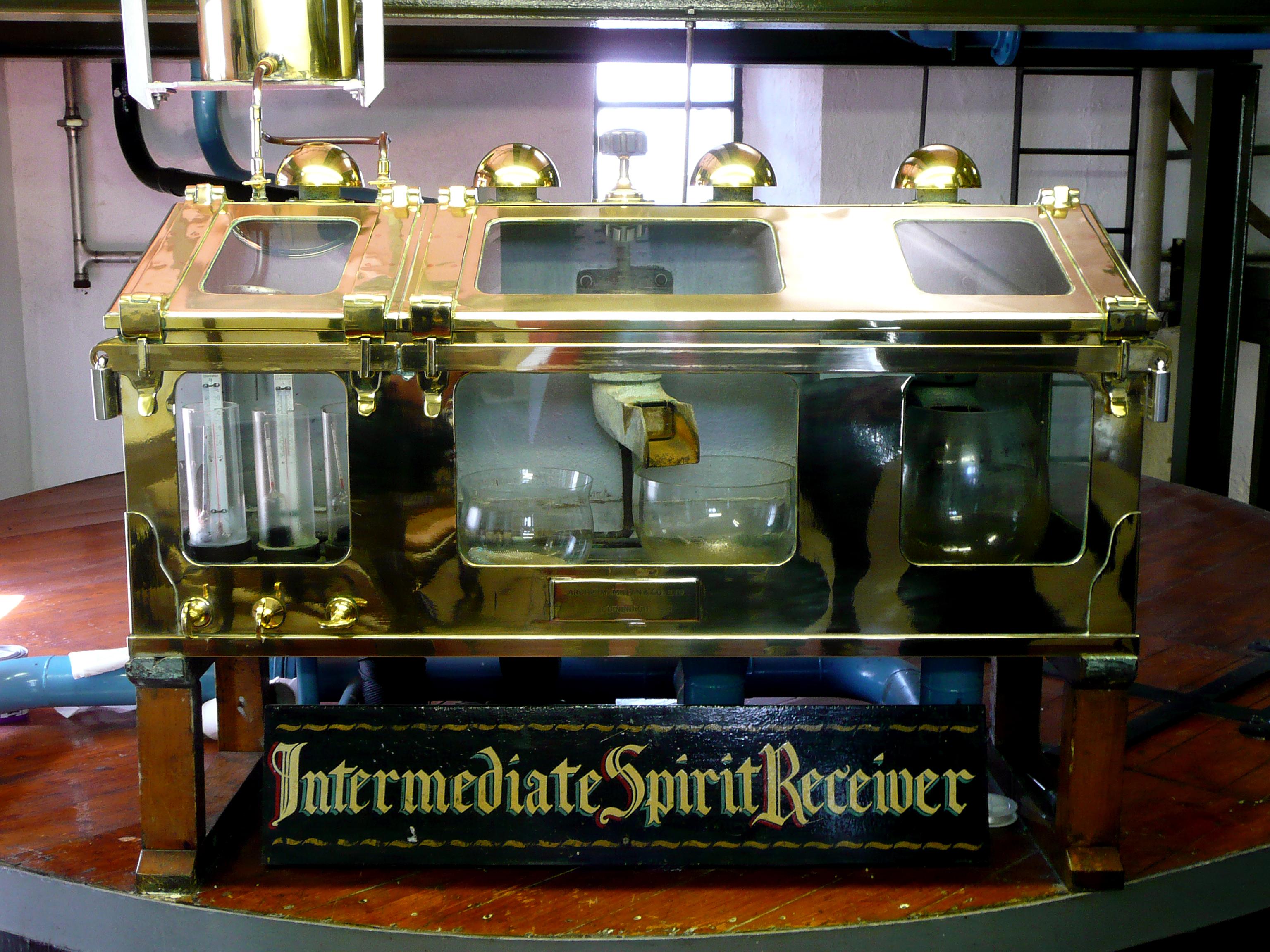 Bild på Spirit safe från Ardbeg