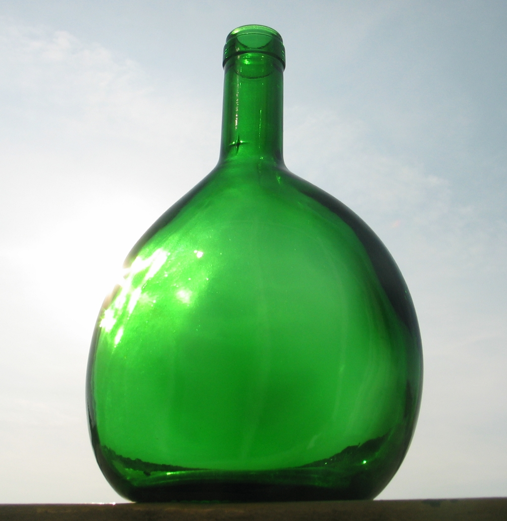 dating old wine bottles Georgian glass decanters made between 1720 and 1830  magnum and larger format decanters claret and wine jugs  if we do not have an appropriate old one,.