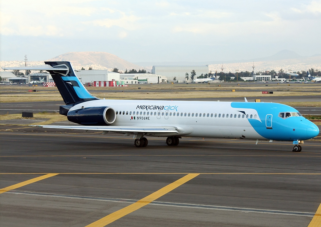 file boeing 717 2bl mexicana click jp6767763 jpg wikimedia commons