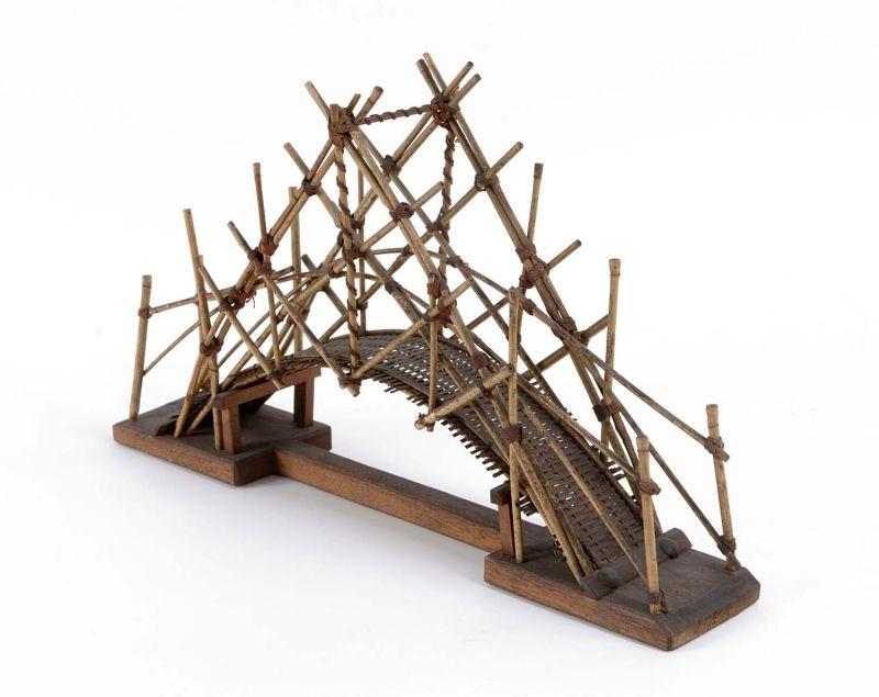 Exemple de construction de pont traditionnel au musée des Tropiques à Amsterdam.