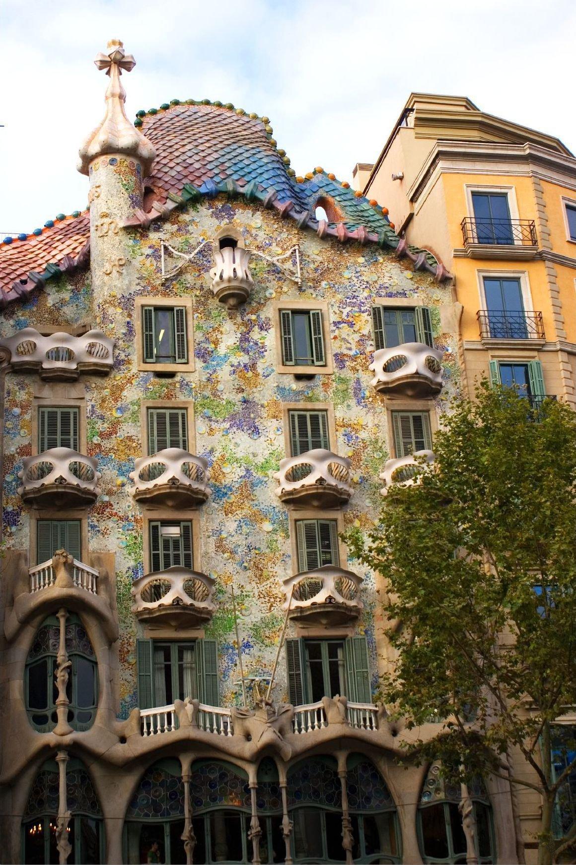 File:Casa Batlló (Barcelona) - 4.jpg - Wikimedia Commons