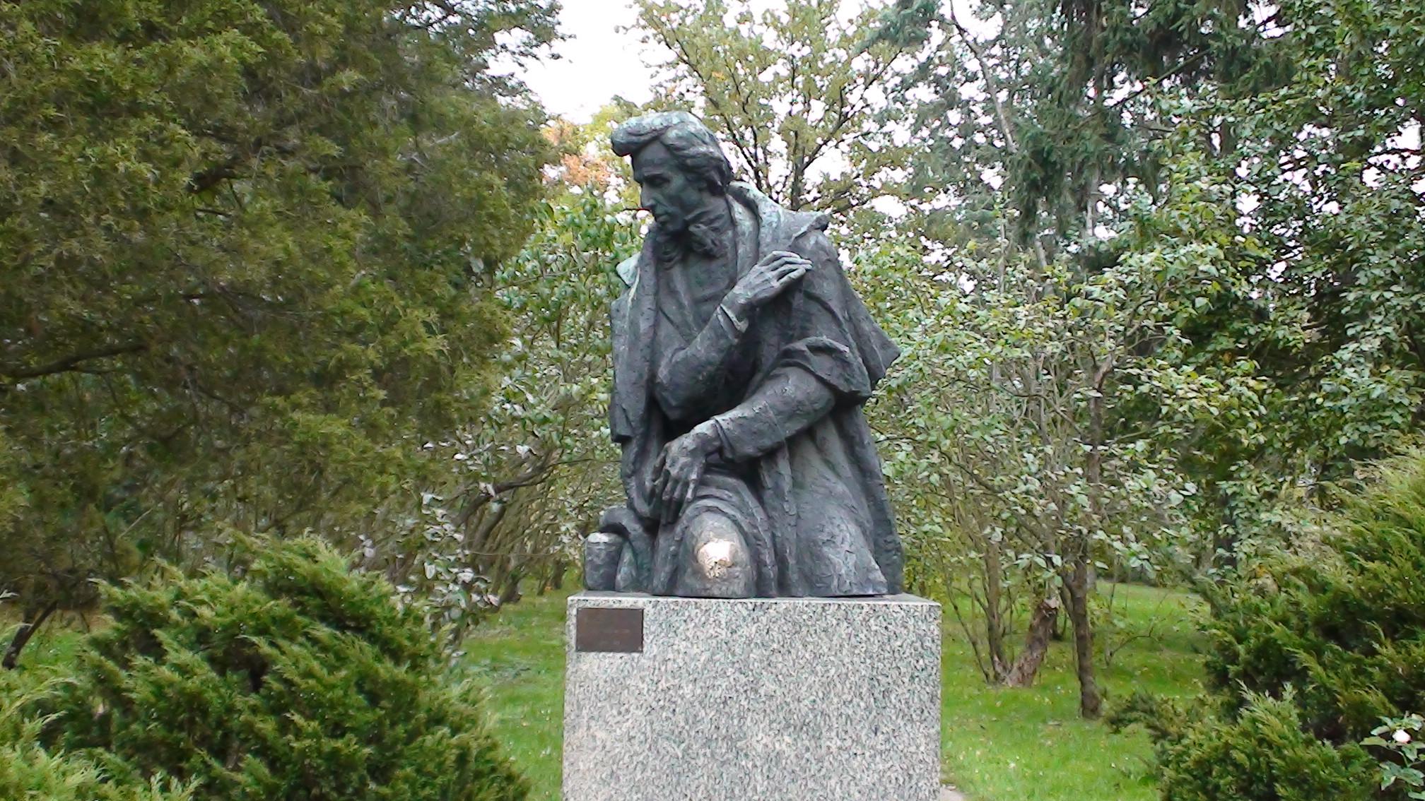 Monumento a Chopin en Żelazowa Wola (autor: J. Gosławski)