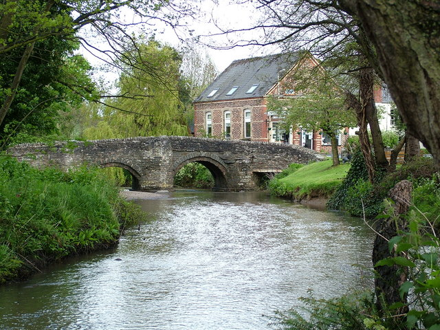 Clun village, bridge over the River Clun - geograph.org.uk - 1308418