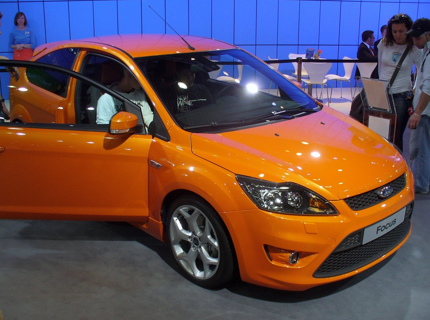 2008 ford focus st orange. Black Bedroom Furniture Sets. Home Design Ideas