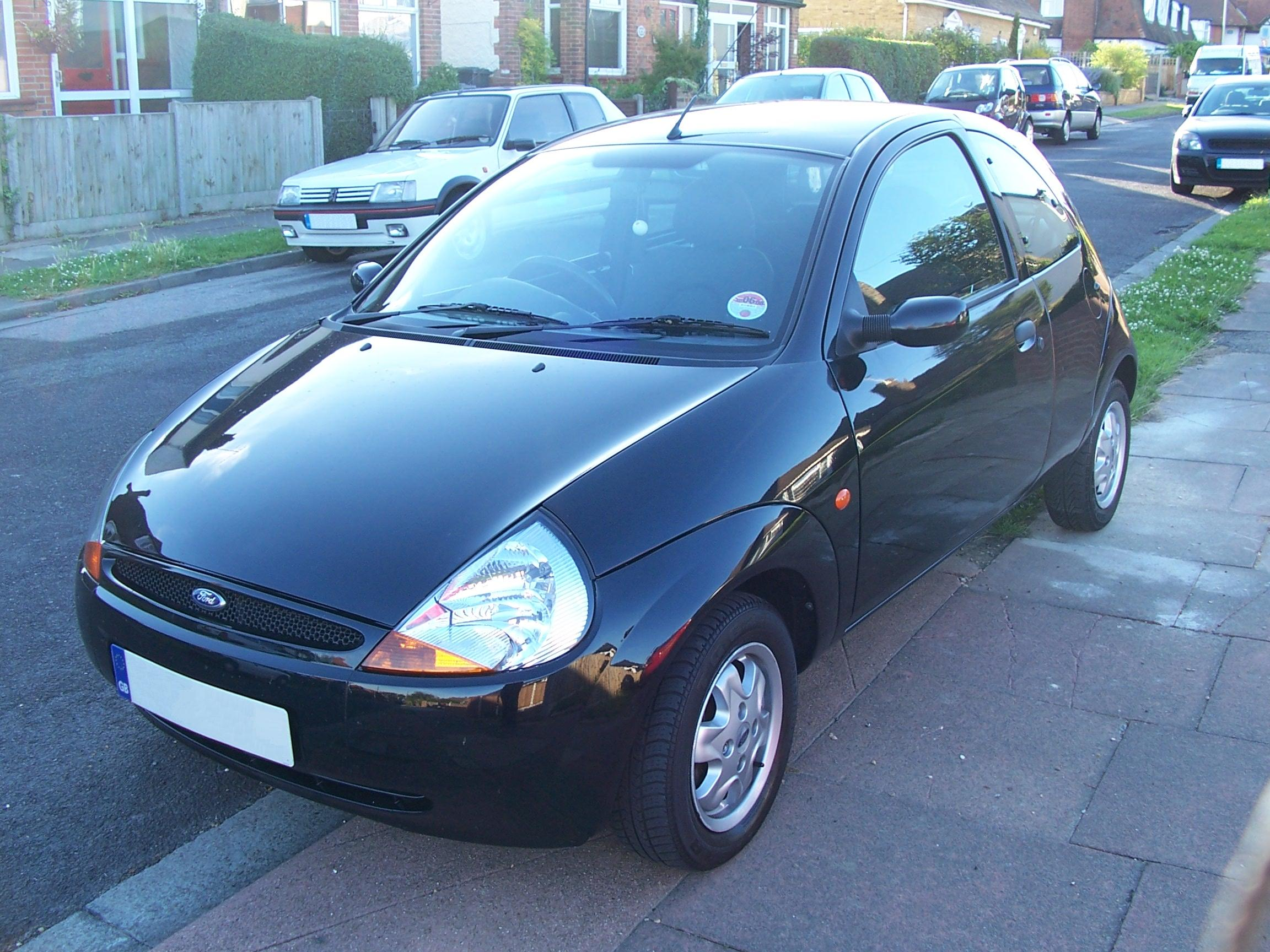 ford ka on curb jpg. Black Bedroom Furniture Sets. Home Design Ideas