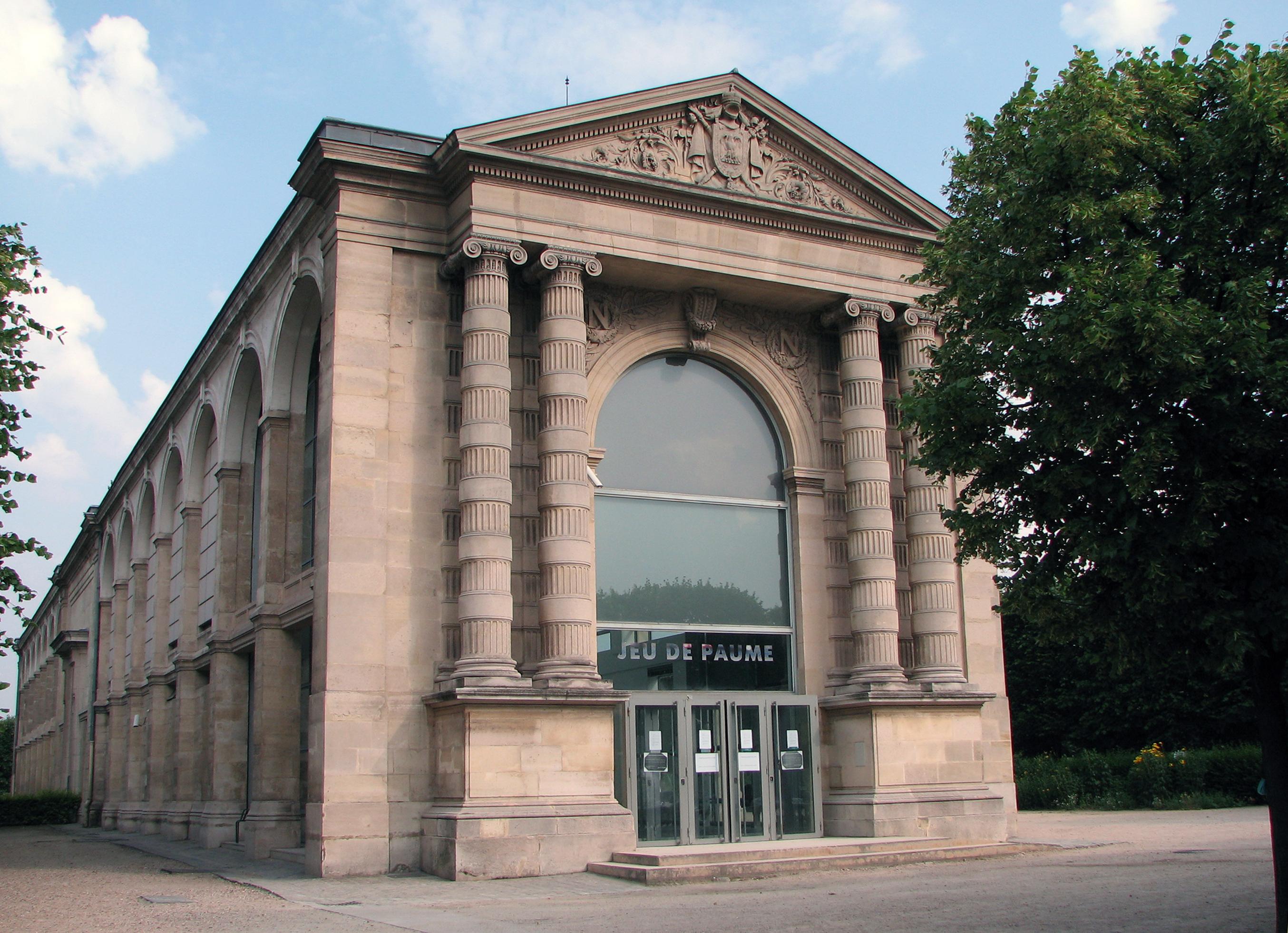 Galerie nationale du Jeu de Paume - Wikipedia