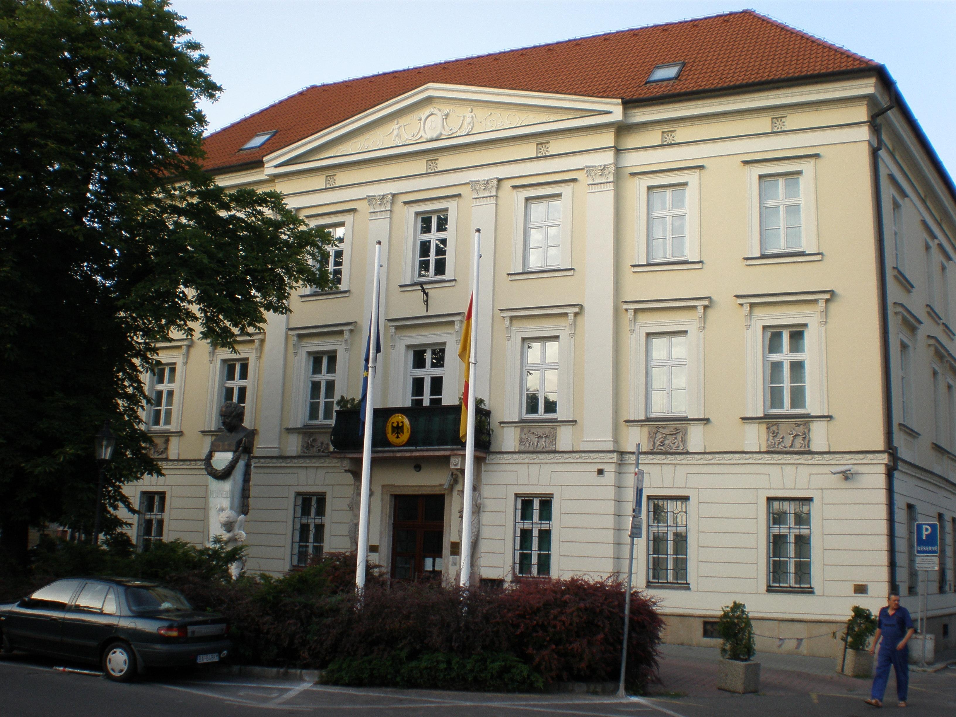 file german embassy bratislava 6250534 jpg wikimedia commons. Black Bedroom Furniture Sets. Home Design Ideas
