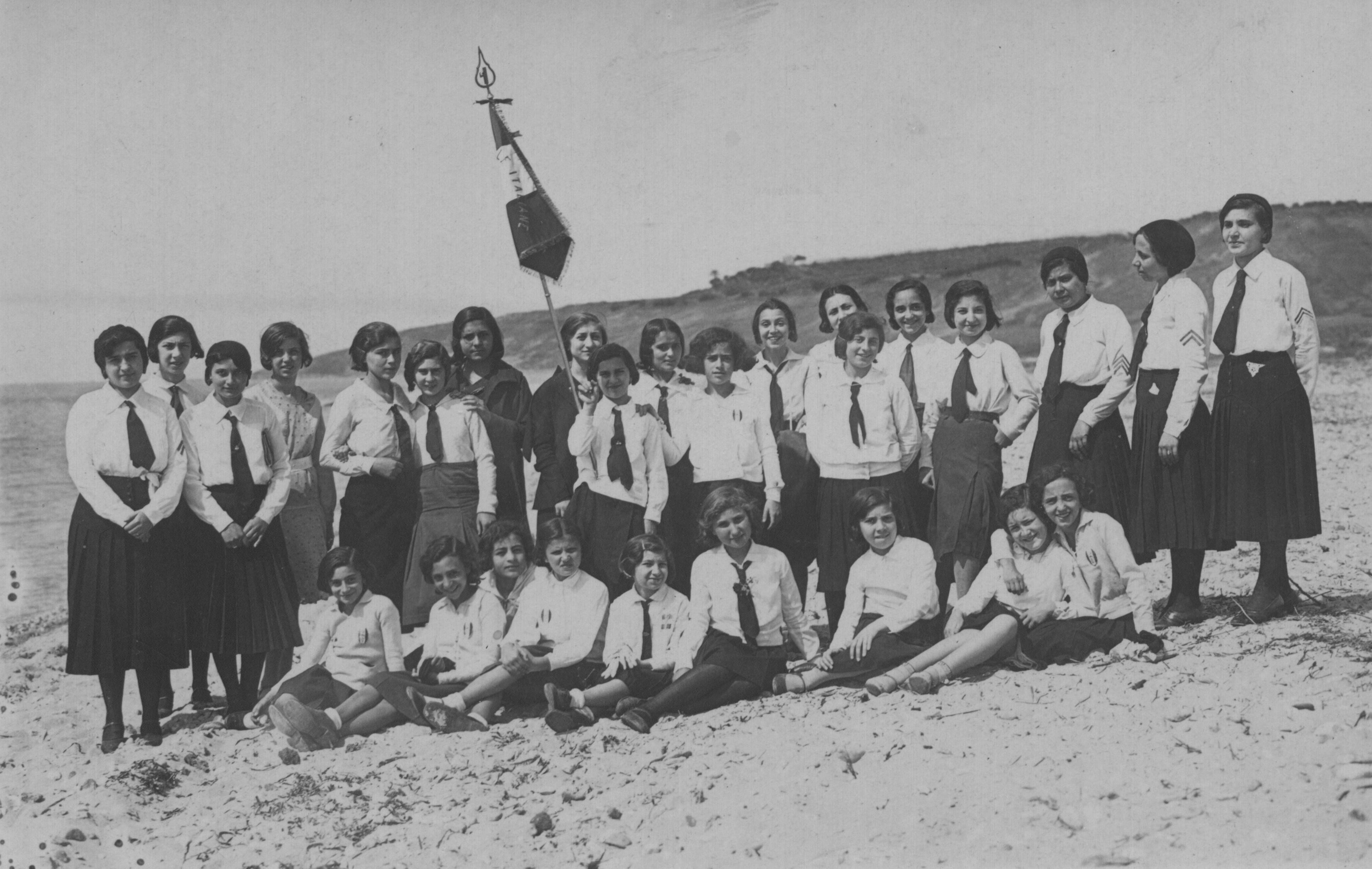 File:gruppo piccole italiane.jpg wikipedia