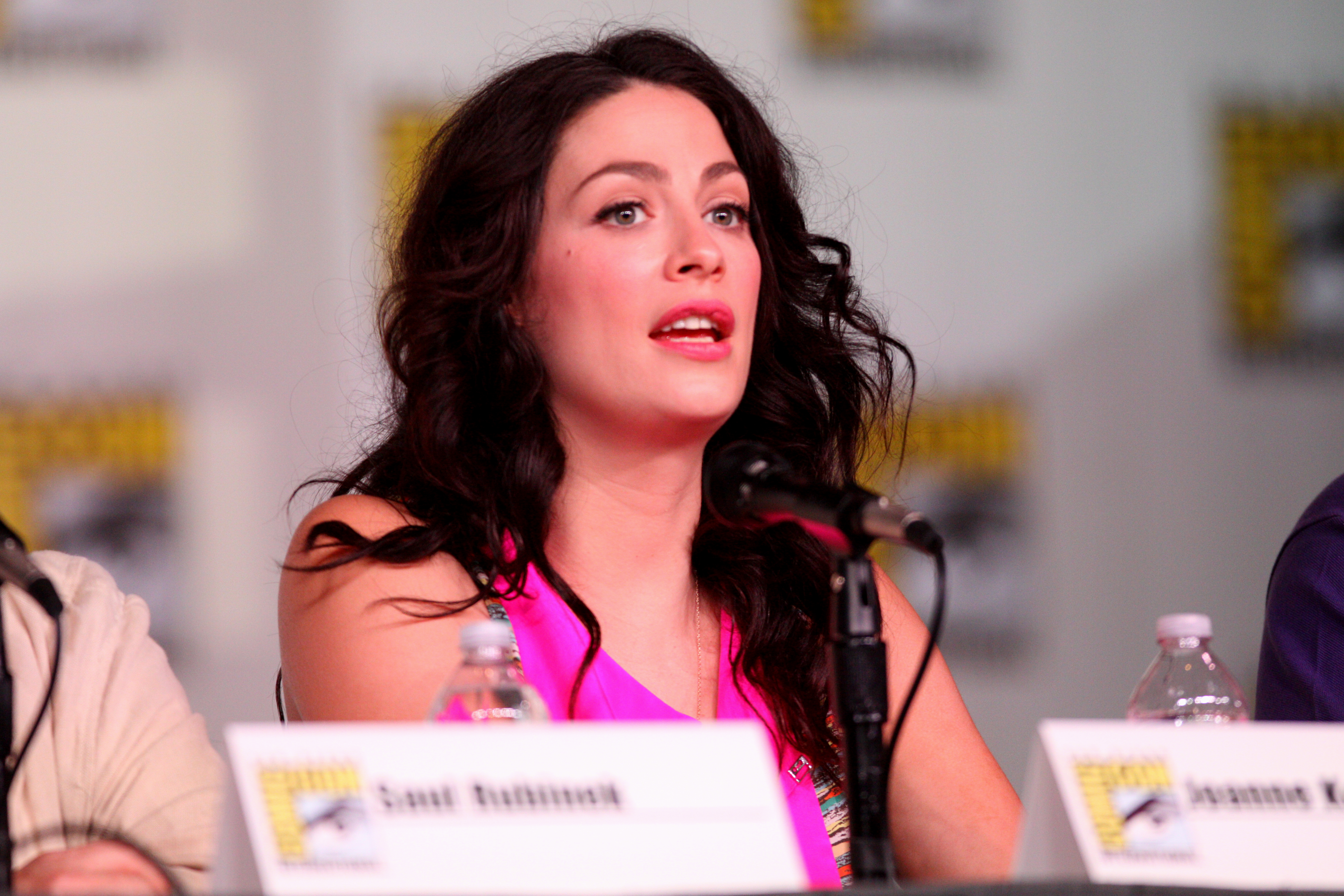 joanne kelly twitterjoanne kelly wiki, joanne kelly livingston, joanne kelly castle, joanne kelly rowling, joanne kelly husband, joanne kelly wallpaper, joanne kelly instagram, joanne kelly facebook, joanne kelly supernatural, joanne kelly twitter, joanne kelly, joanne kelly boyfriend, joanne kelly warehouse 13, joanne kelly actress, joanne kelly married, joanne kelly height