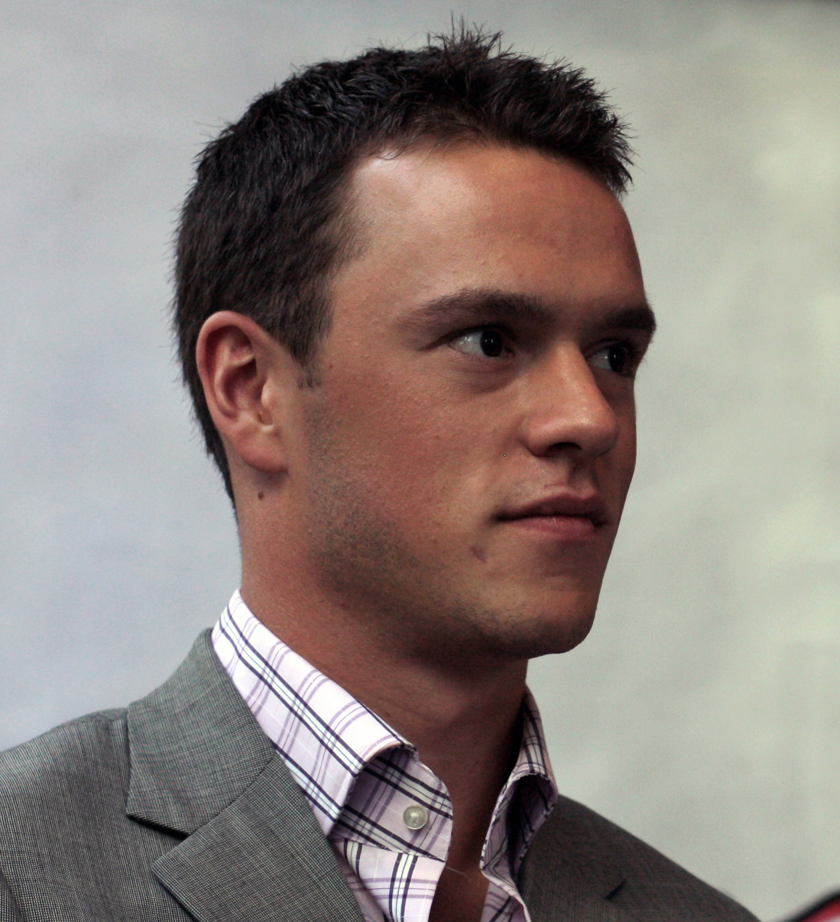 The 30-year old son of father Bryan Toews and mother Andrée Gilbert Jonathan Toews in 2018 photo. Jonathan Toews earned a  million dollar salary - leaving the net worth at 6.5 million in 2018