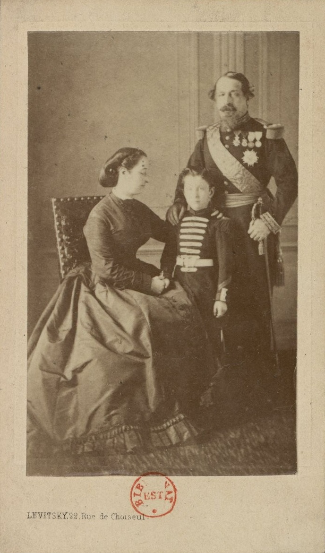 File:La famille impériale (vers 1865).jpg
