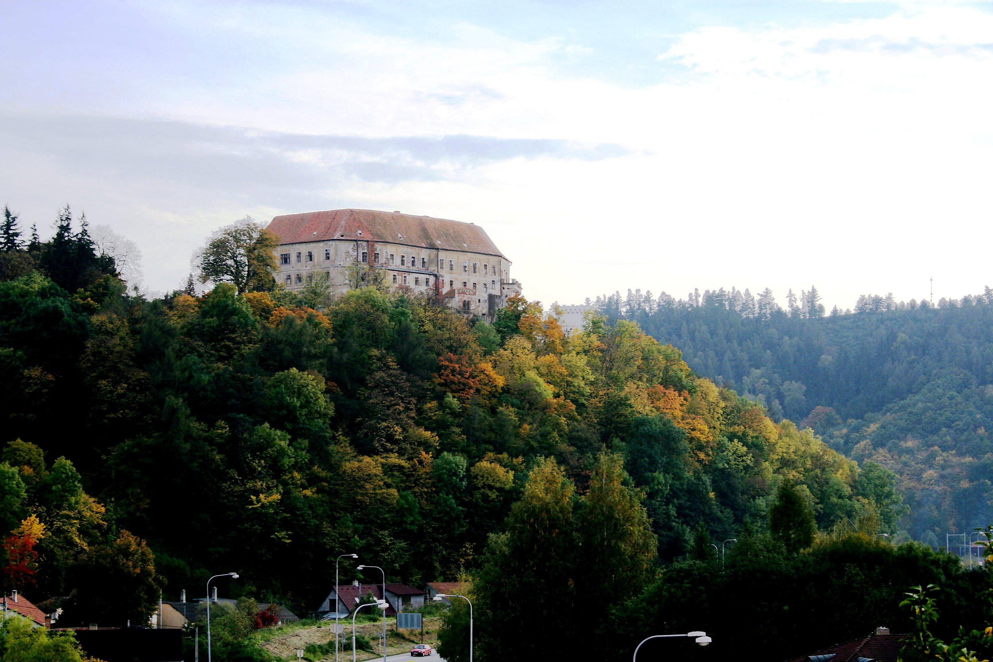 Soubor:Letovice zamek.jpg – Wikipedie