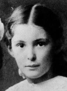 maria reiche 1910 (cropped).jpeg