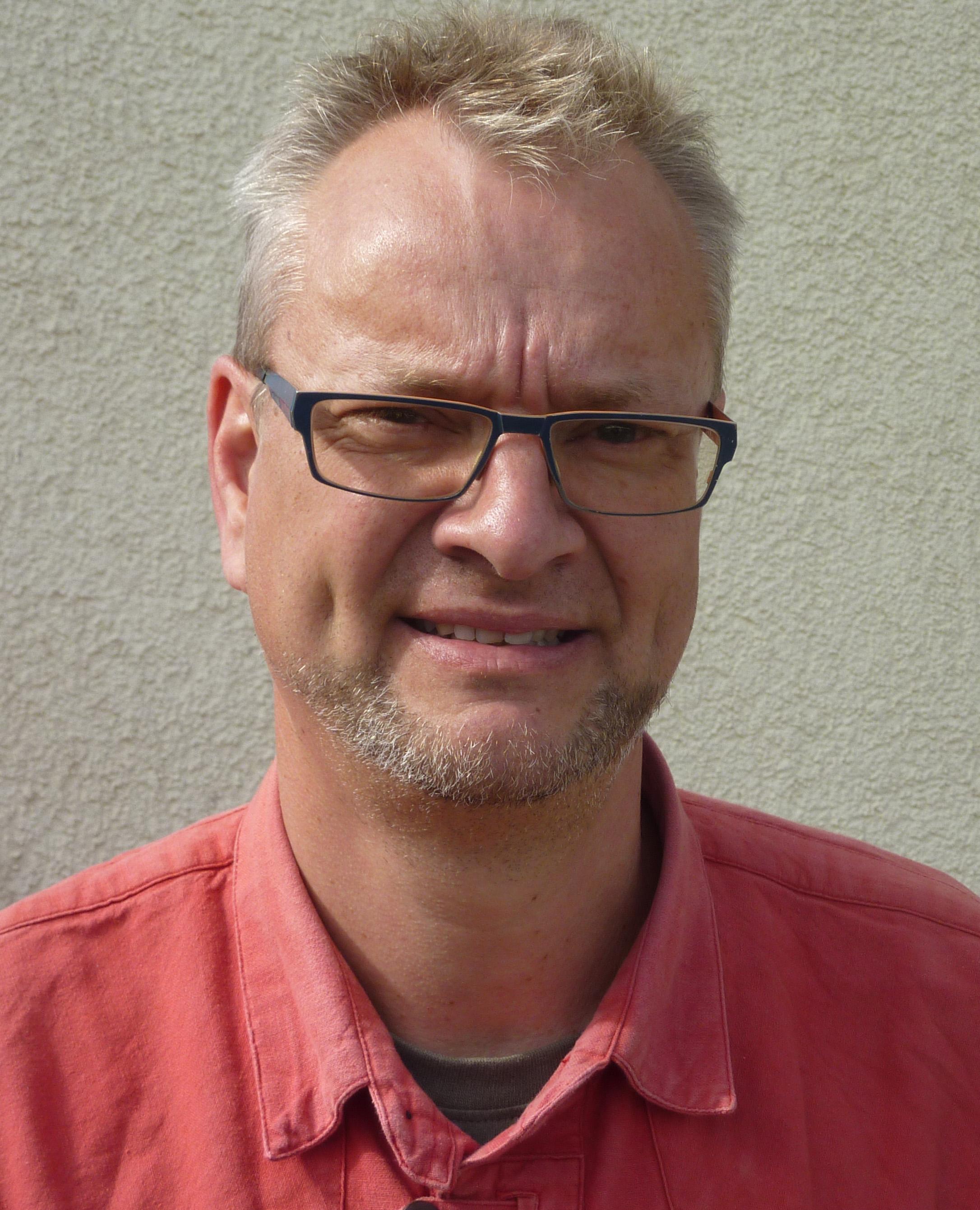Markus-wolf-bildhauer.jpg