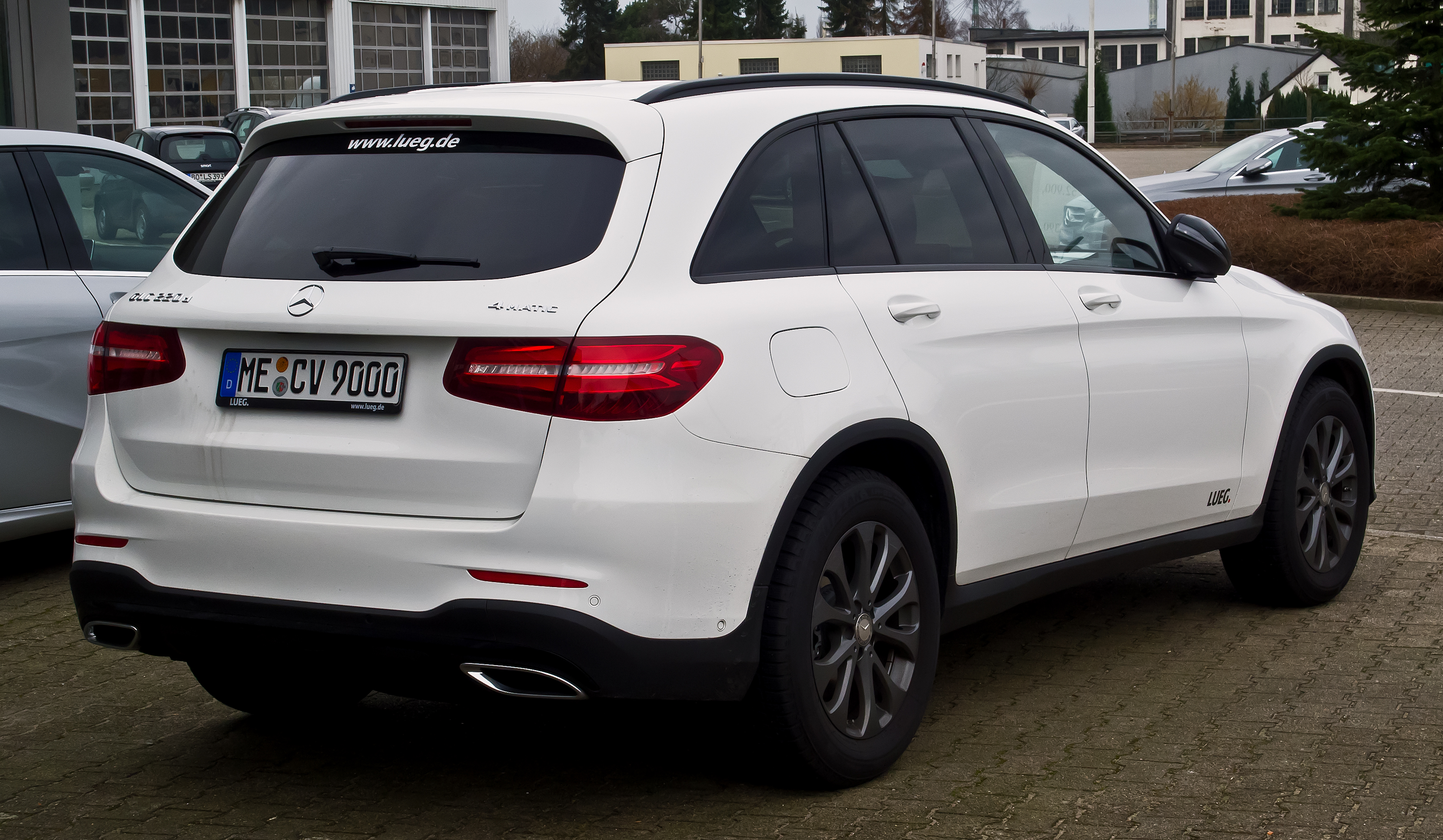 file mercedes benz glc 220 d 4matic amg line x 253 heckansicht 13 februar 2016 velbert. Black Bedroom Furniture Sets. Home Design Ideas