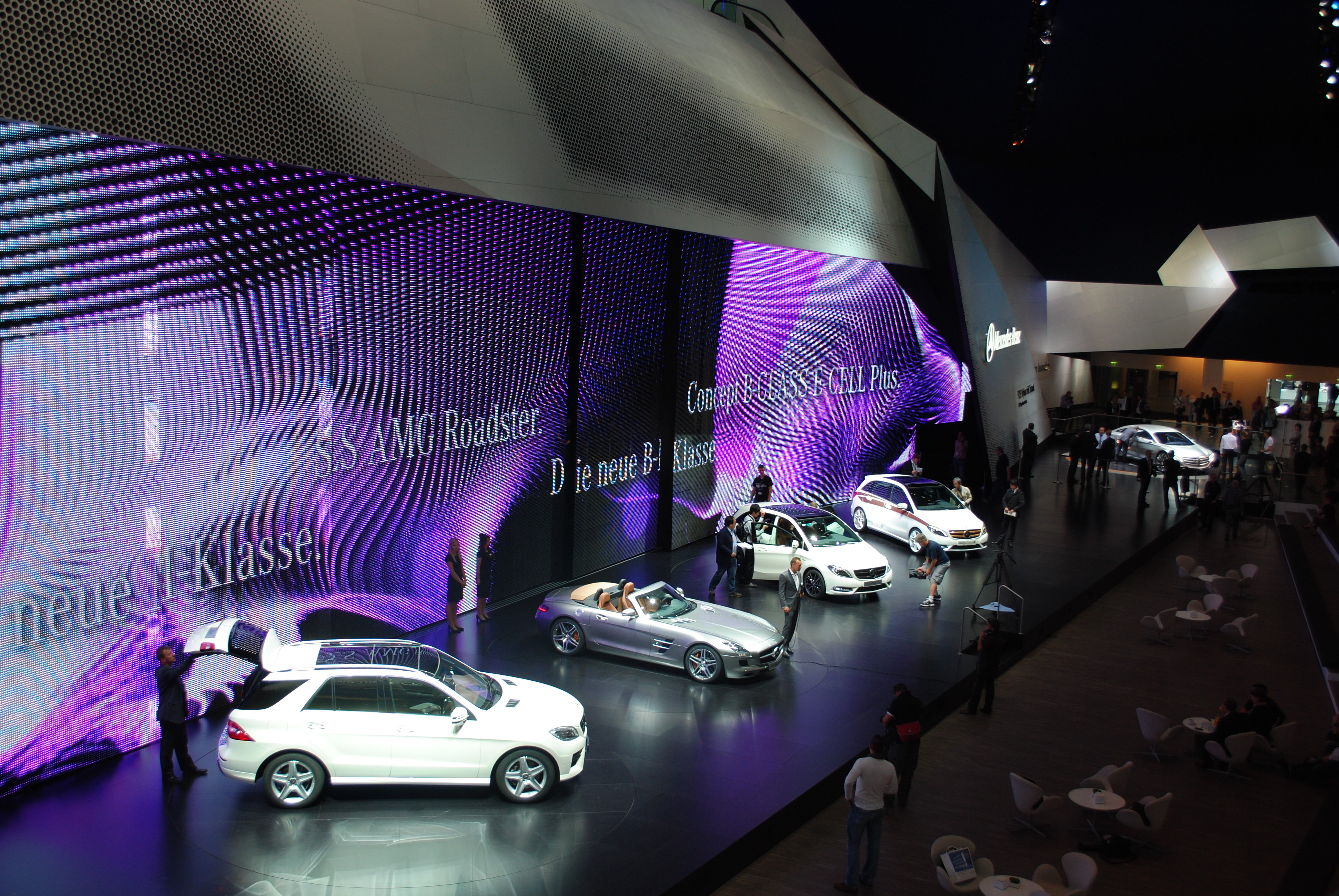 Exhibition Stand Wikipedia : File mercedes benz stand at the frankfurt motor show iaa