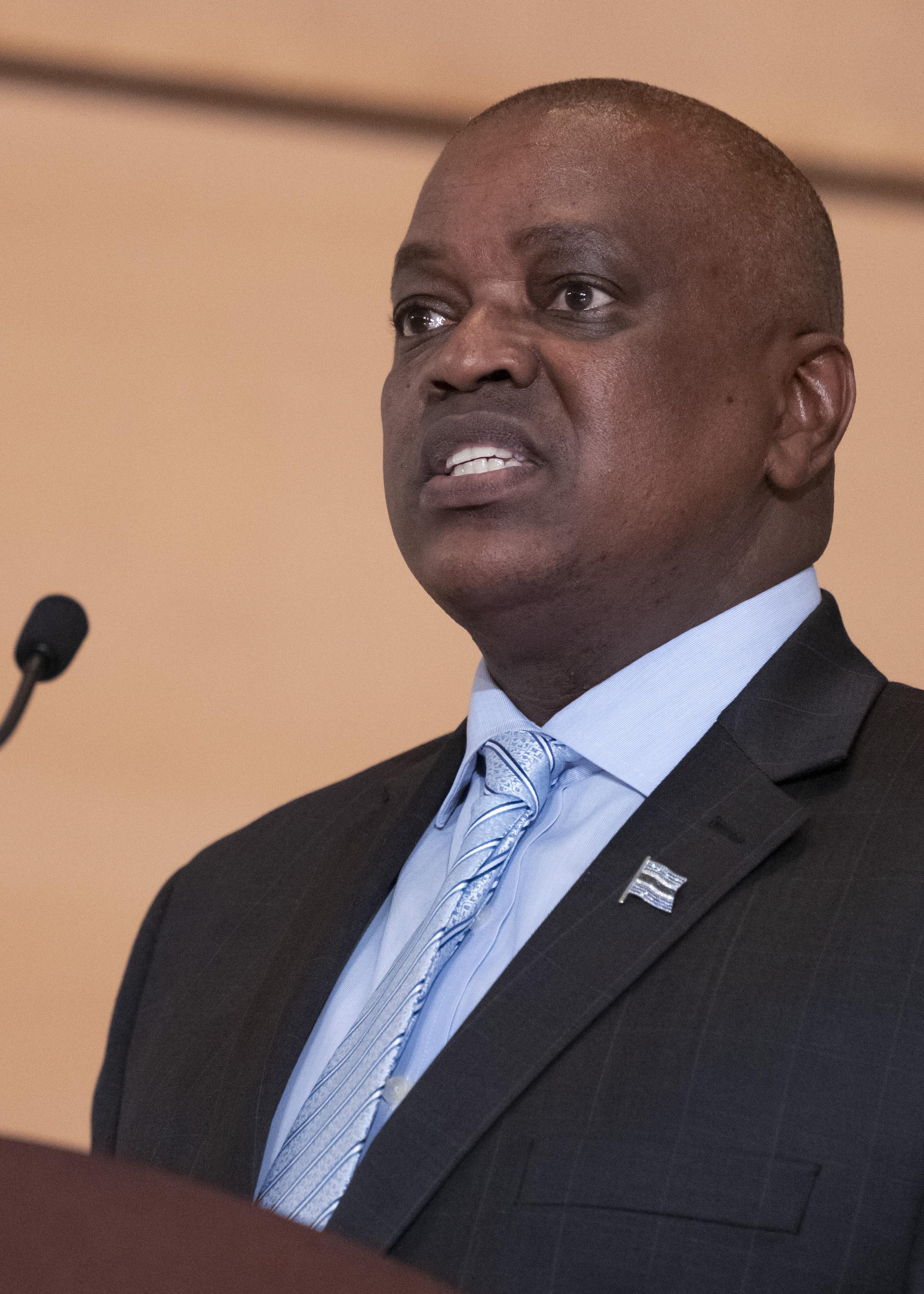 online dating i Botswana haka upp våldtäkt
