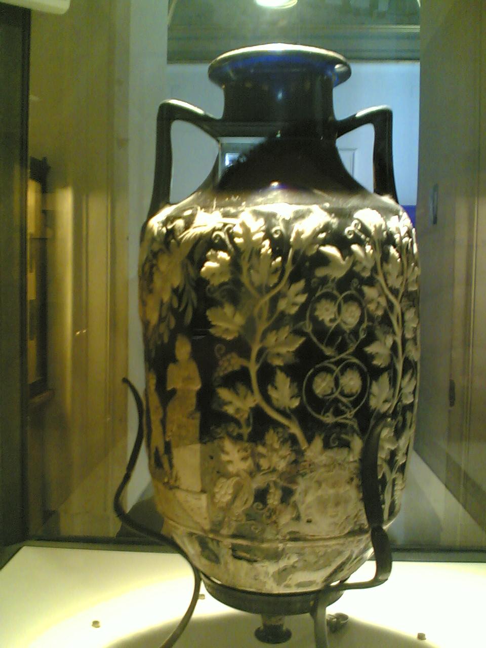 File museo nazionale napoli vaso blu wikimedia for Vaso blu