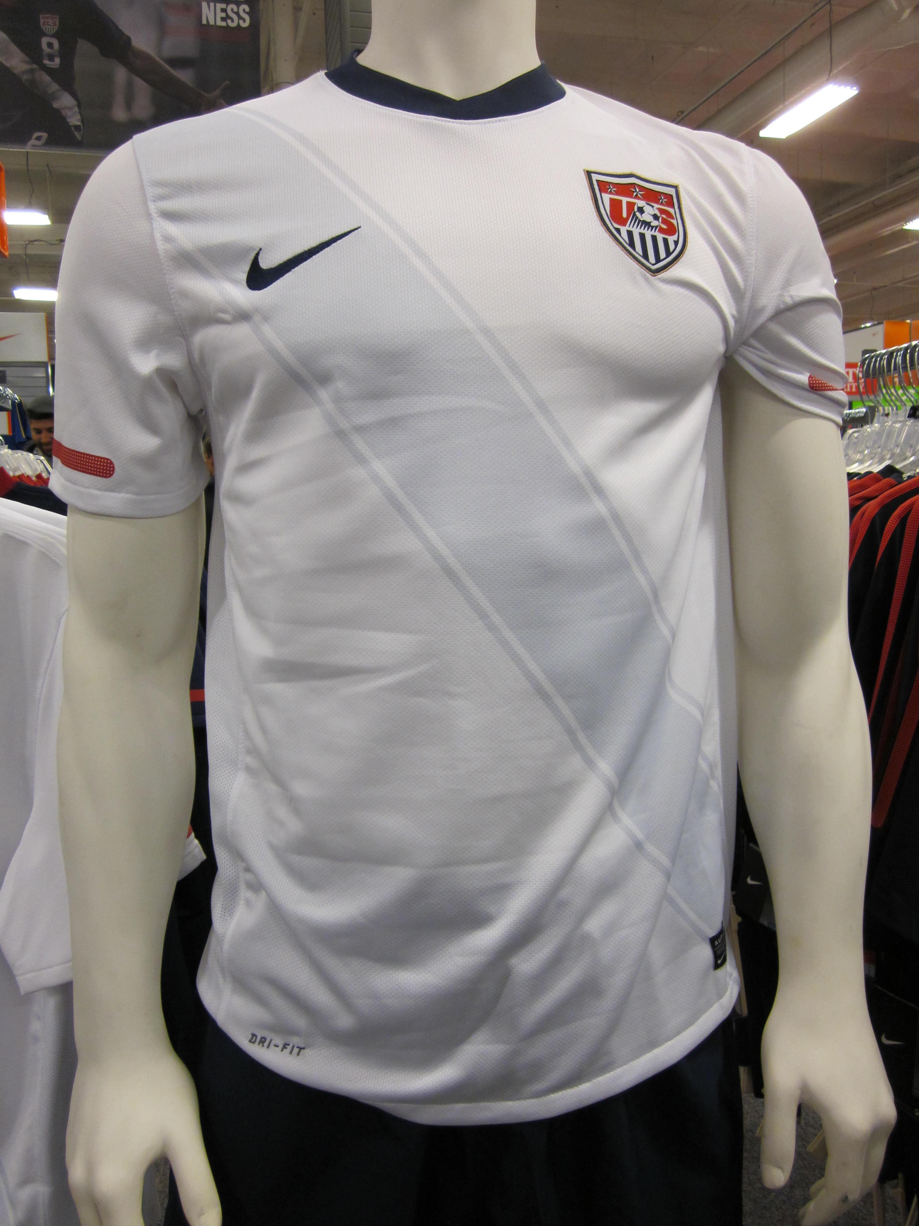 efc4b38846b1b File:Nike USA national soccer team home jersey.JPG - Wikimedia Commons