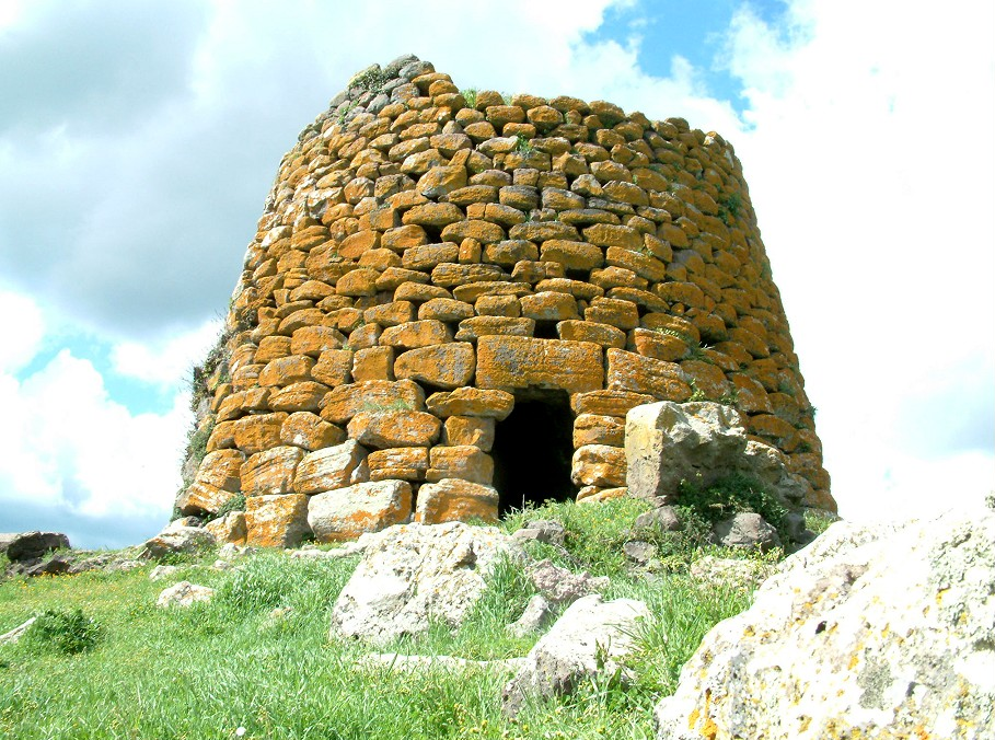 the neolithic structures and architecture during the neolithic period in northern europe How long did the neolithic period last in europe 4000- 2000 bc in britain 4500- 1700 bc northwest europe 7000-find study resources earthen long barrow o found during neolithic only and geologically only in britain list five types of neolithic archaeological sites in northern europe.